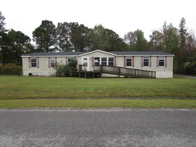473 Pooshee Plantation Way Bonneau, SC 29431