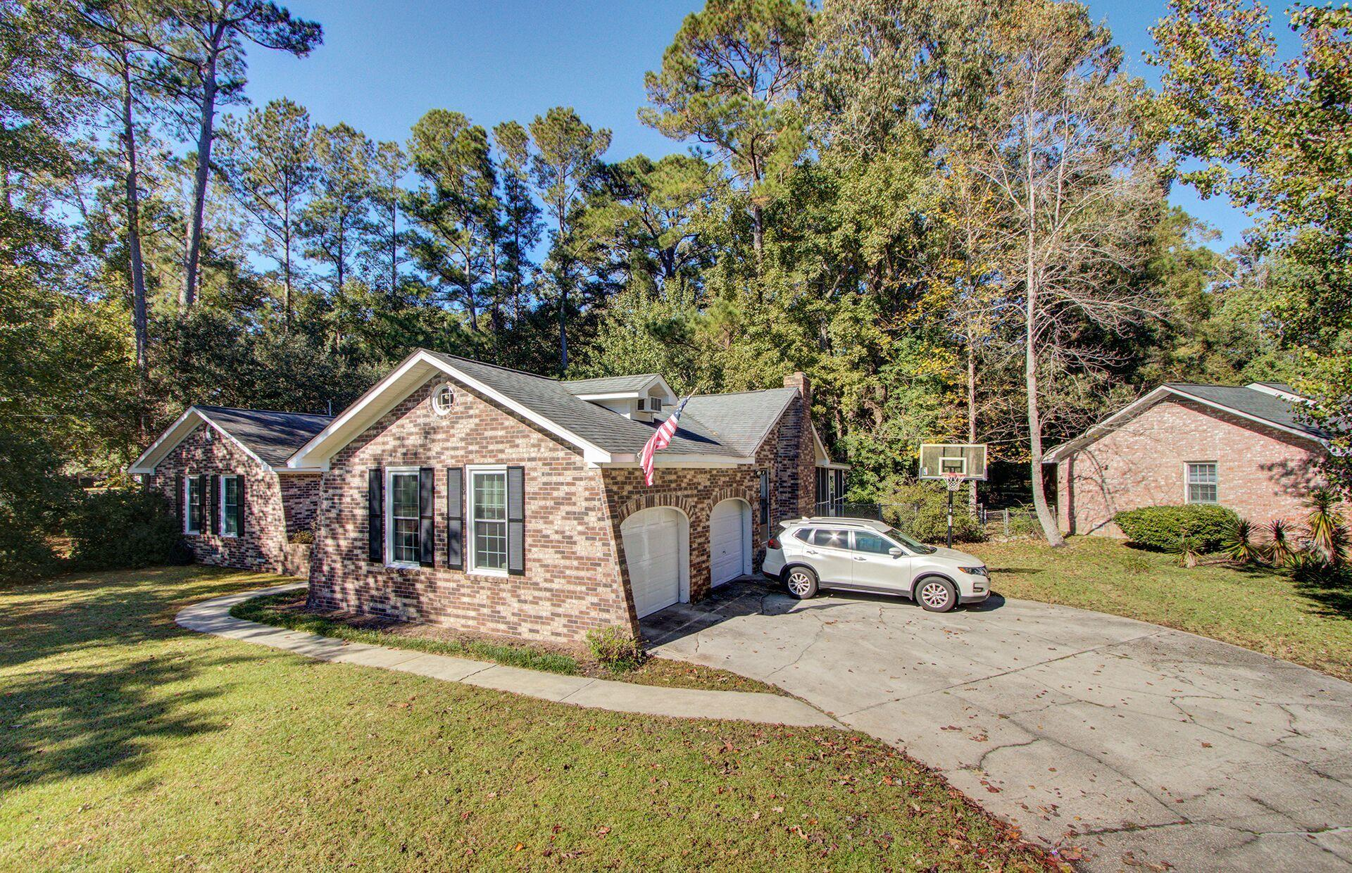 225 Pointer Drive Summerville, SC 29485