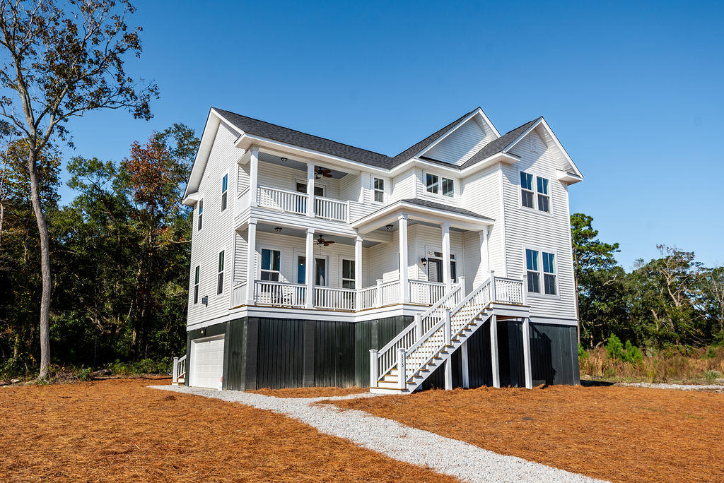 115 Martins Point Drive Wando, SC 29492