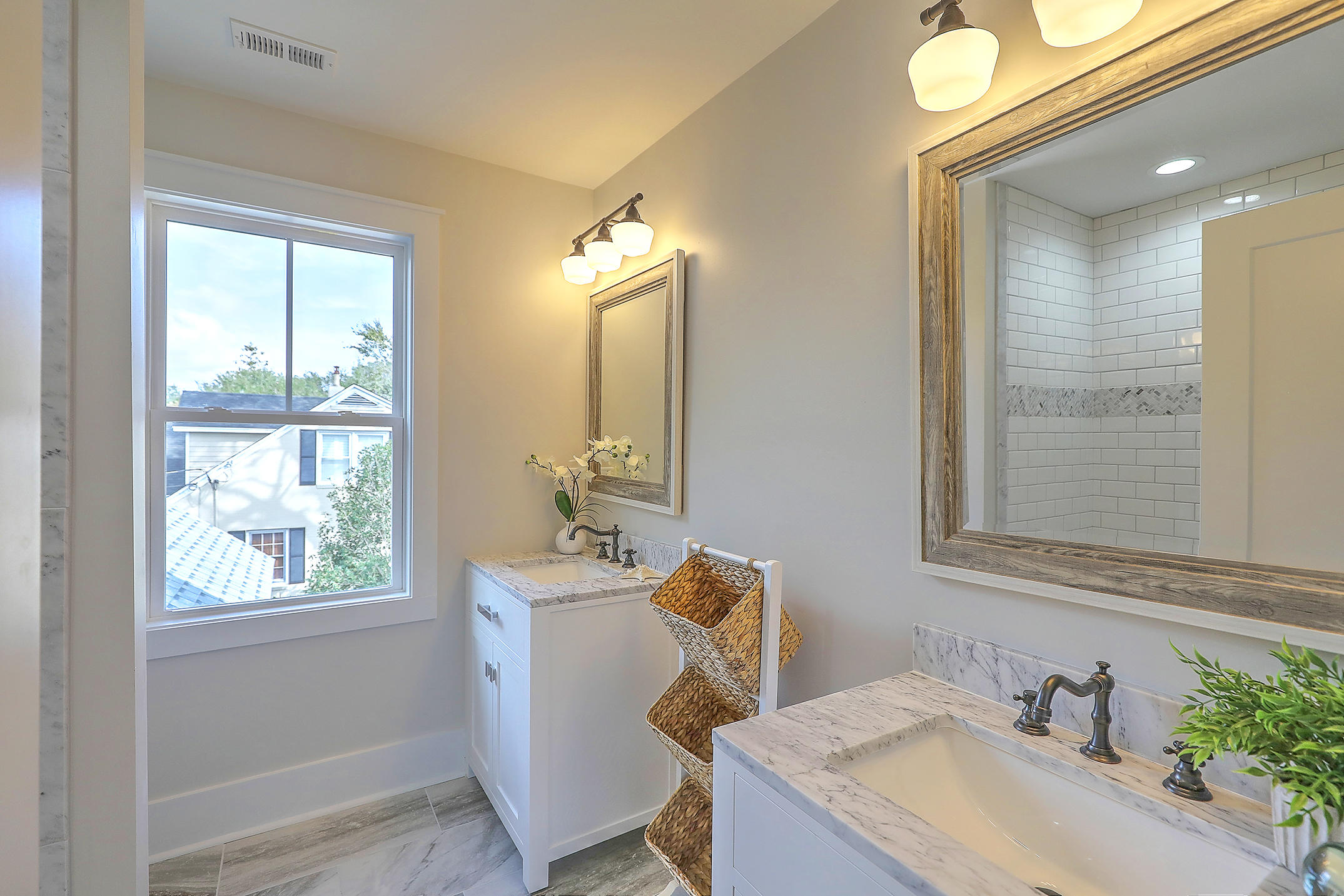 Riverland Terrace Homes For Sale - 2035 Wappoo Hall, Charleston, SC - 17