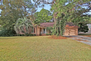 974 Law Lane, Mount Pleasant, SC 29464
