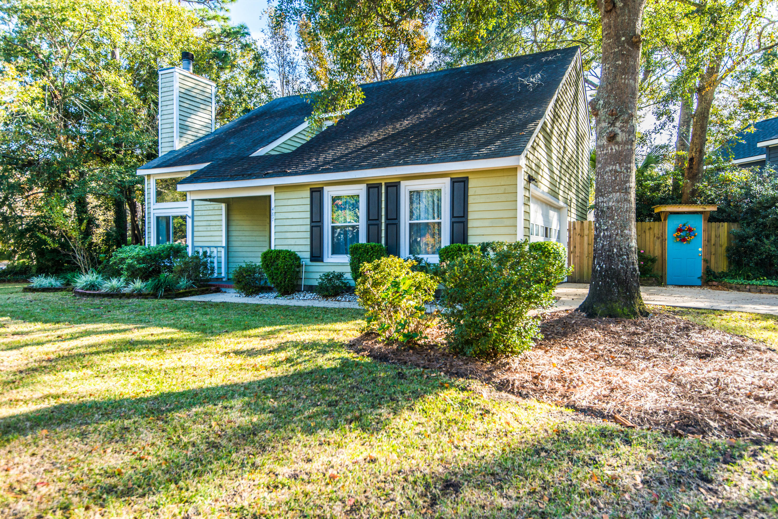 487 Mt Royall Drive Mount Pleasant, SC 29464