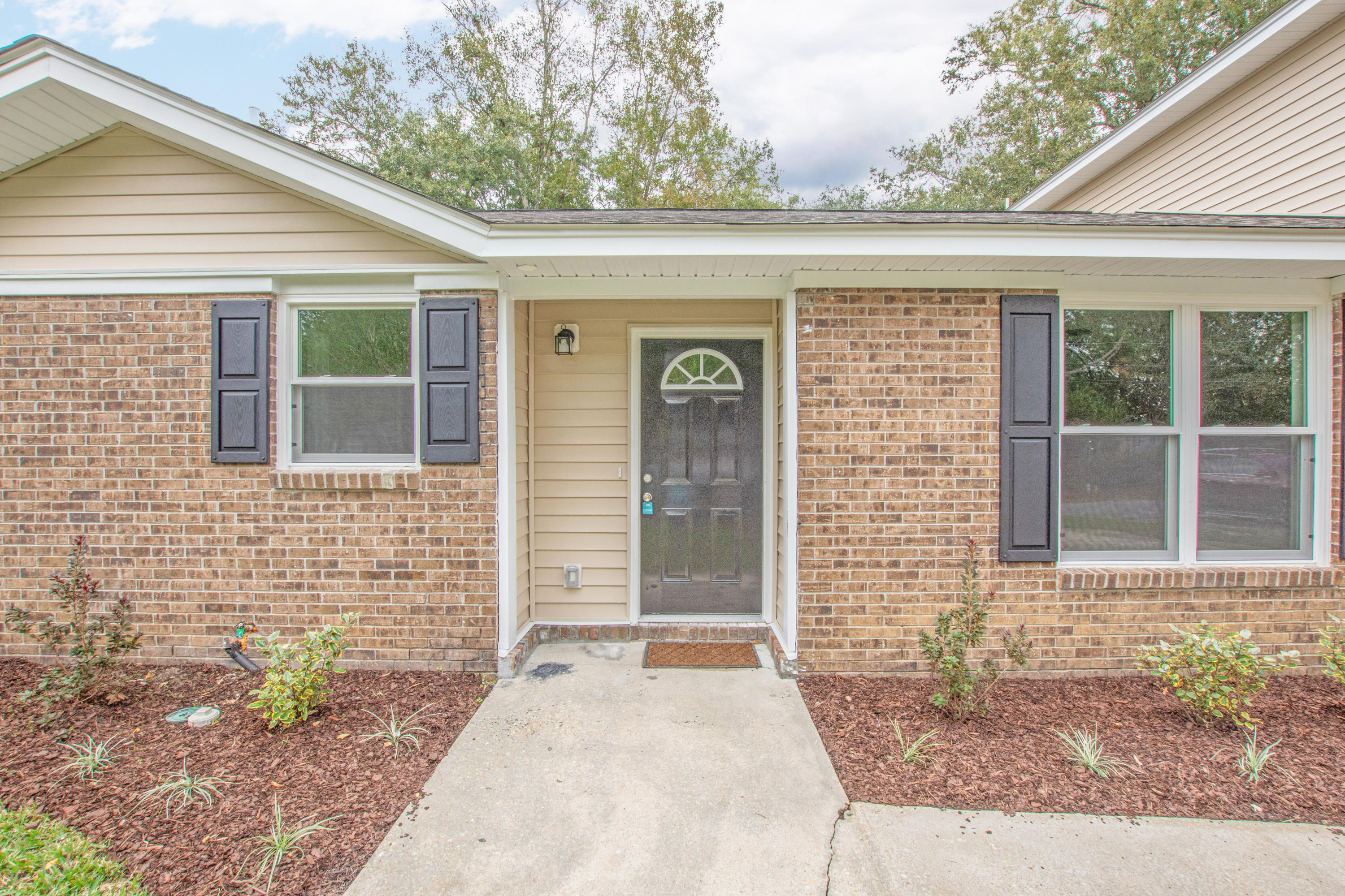 7720 Linsley Drive North Charleston, SC 29418