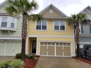 2052 Kings Gate Lane, Mount Pleasant, SC 29466