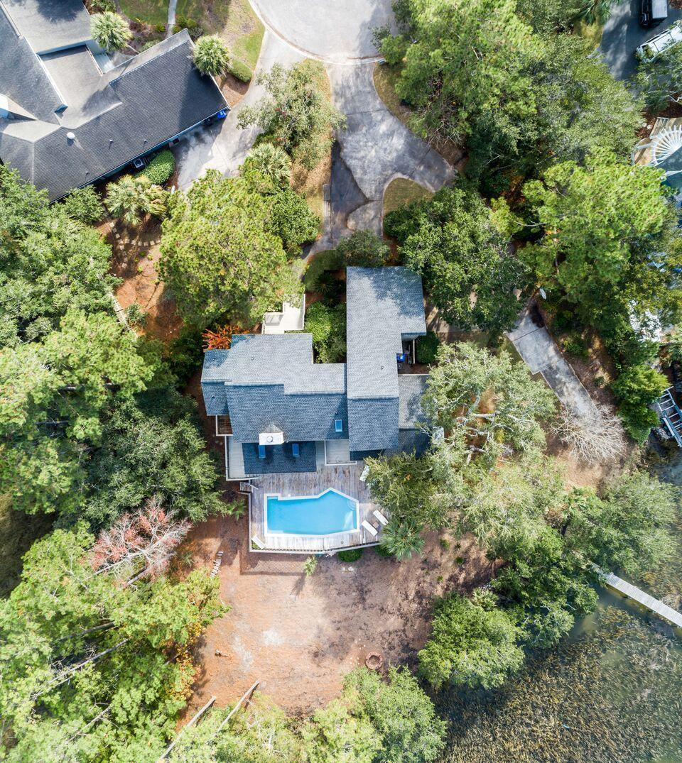 1218 Manor Lane Mount Pleasant, SC 29464