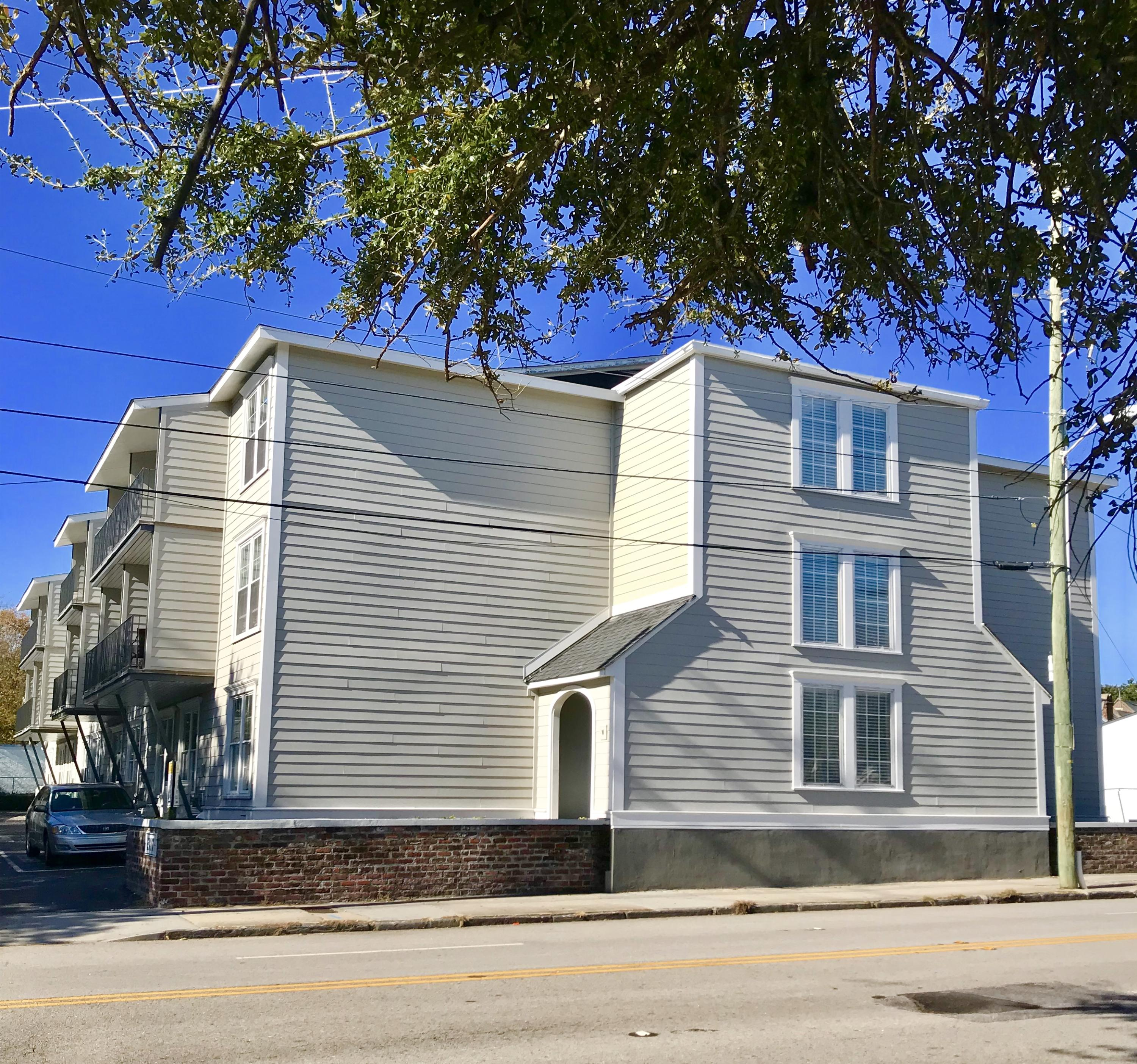 259 East Bay Street Charleston, SC 29401