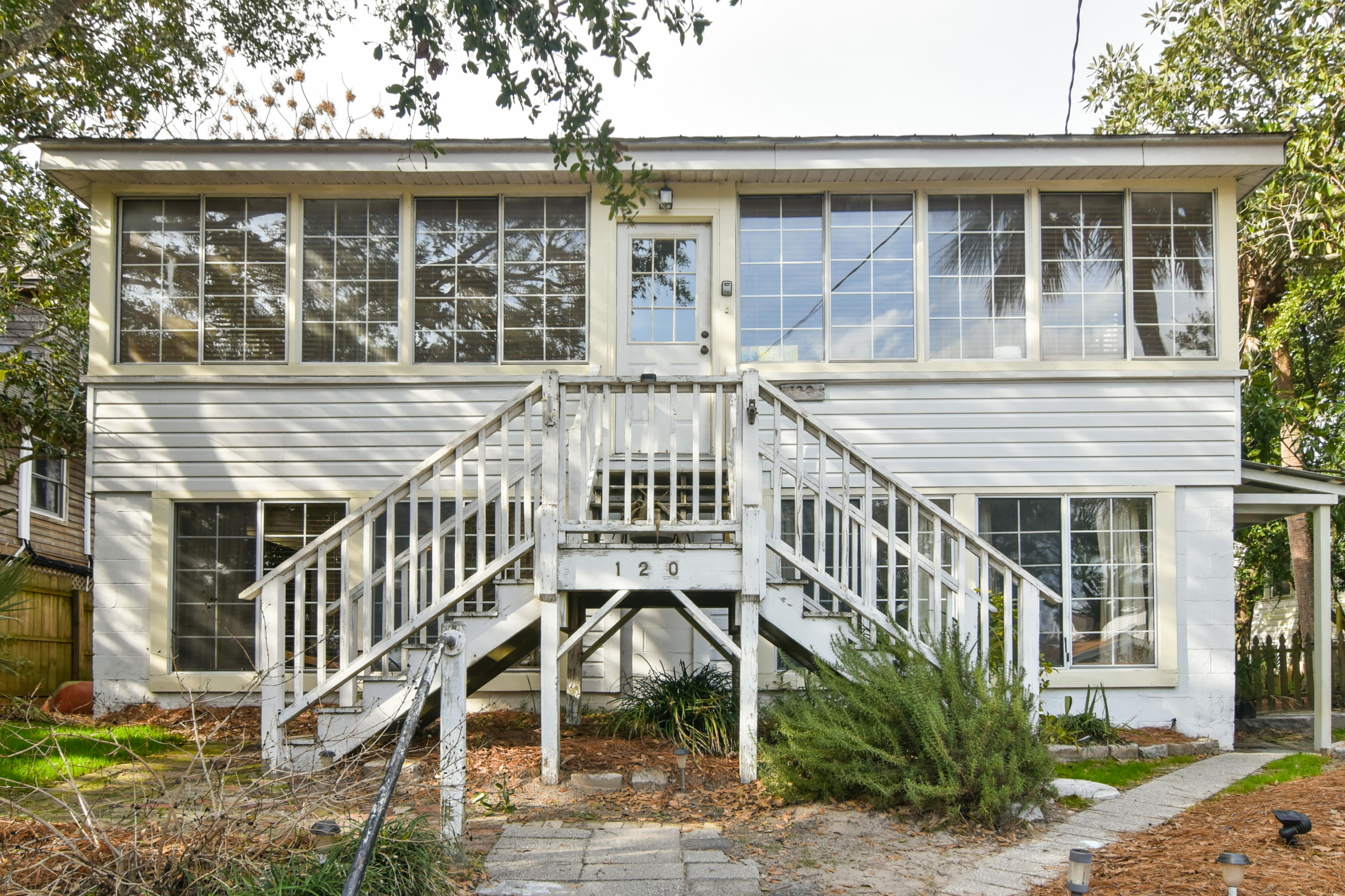 120 E Cooper Avenue Folly Beach, SC 29439