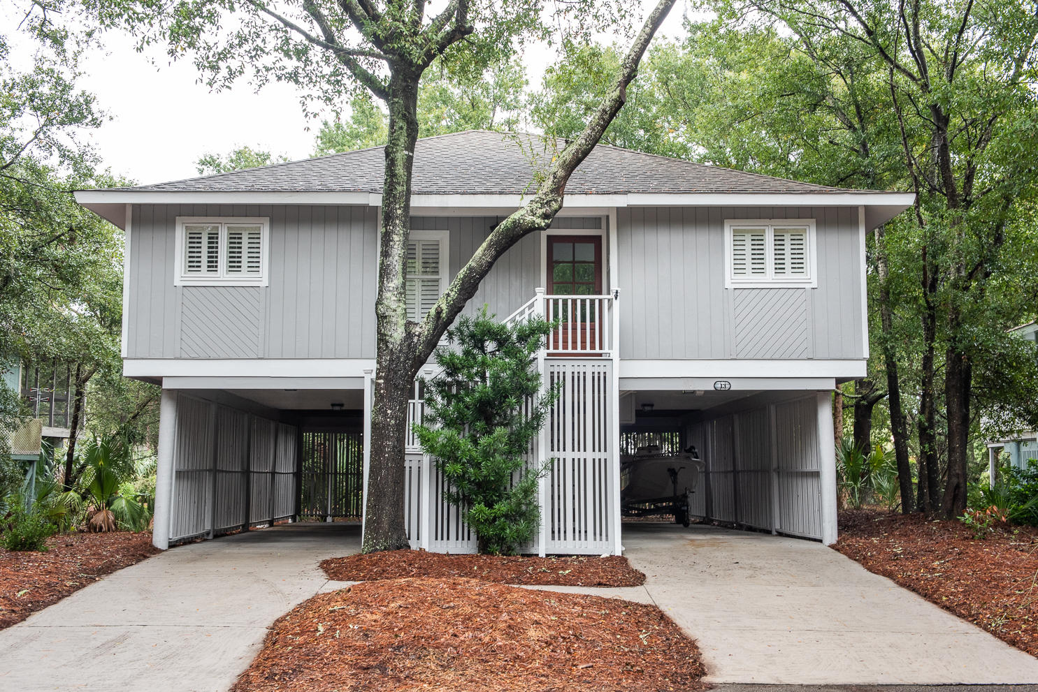 13 Twin Oaks Lane Isle Of Palms, SC 29451