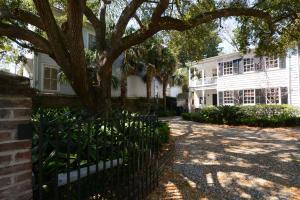 1 Pitt Street, Charleston, SC 29401