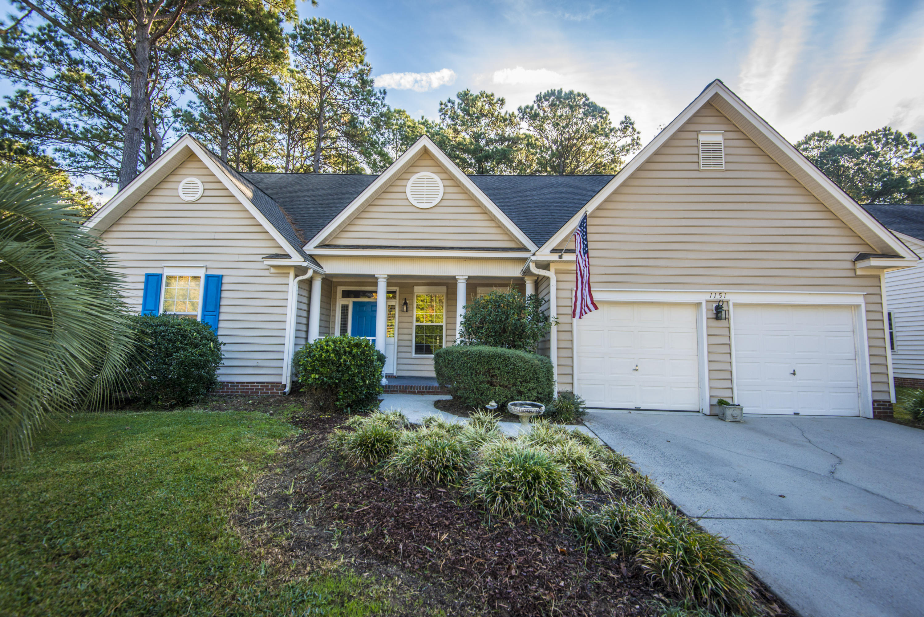 1151 Royal Links Drive Mount Pleasant, SC 29466