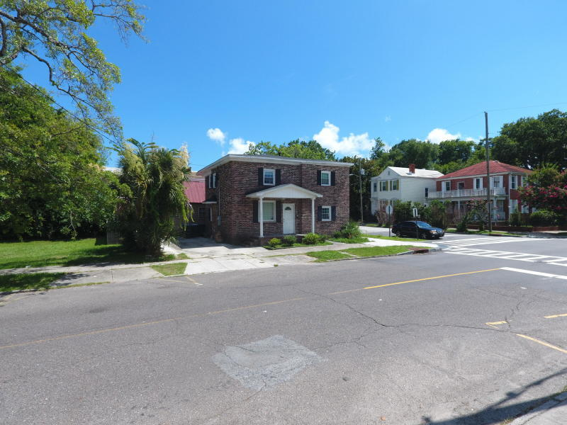 185 Fishburne Street Charleston, SC 29403