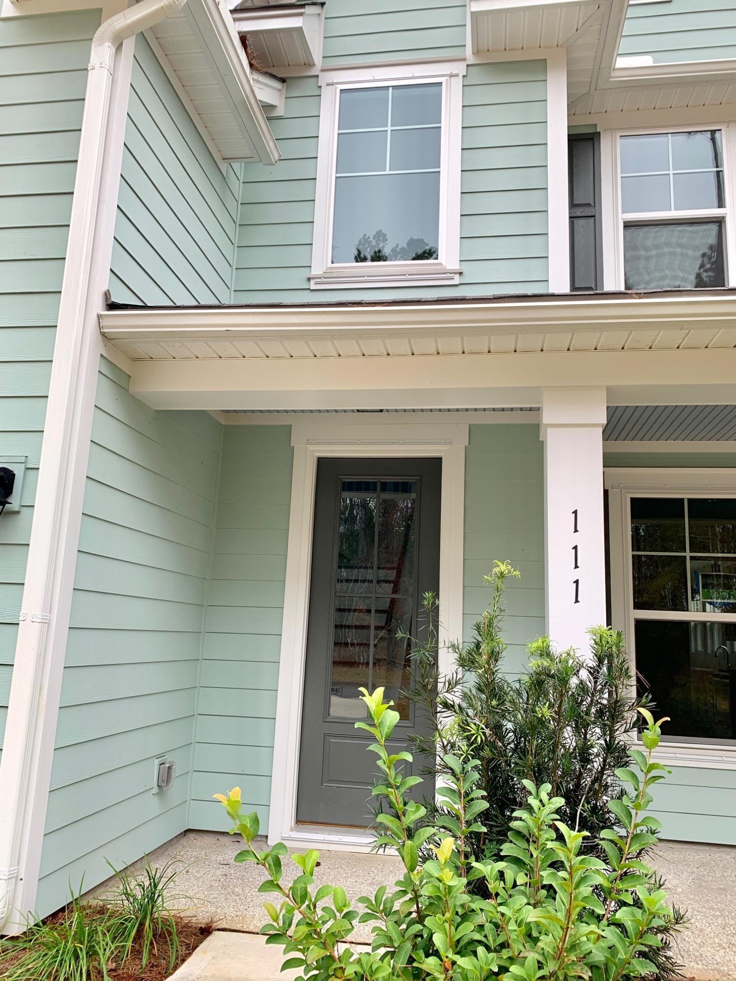 111 Beam Street Huger, SC 29450