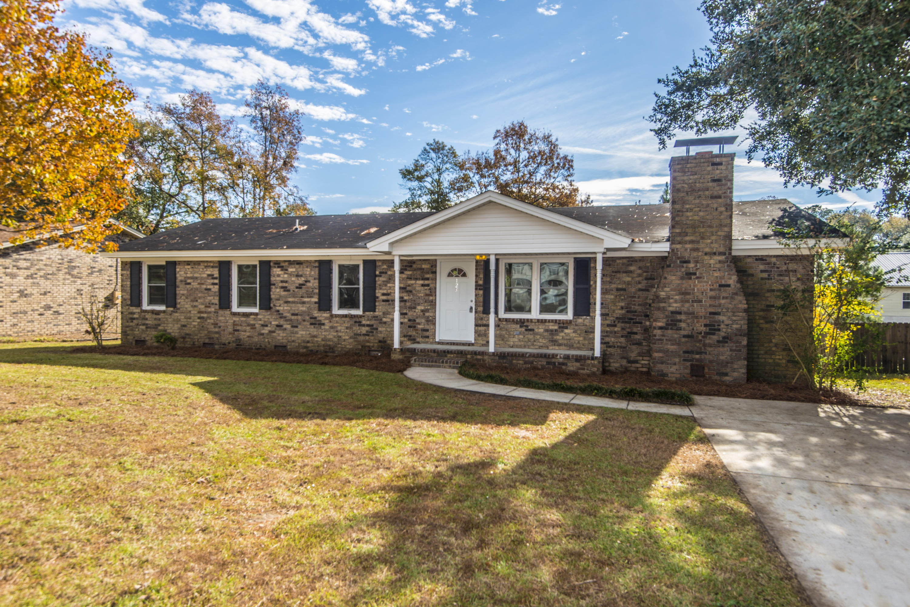123 Clay Street Goose Creek, SC 29445