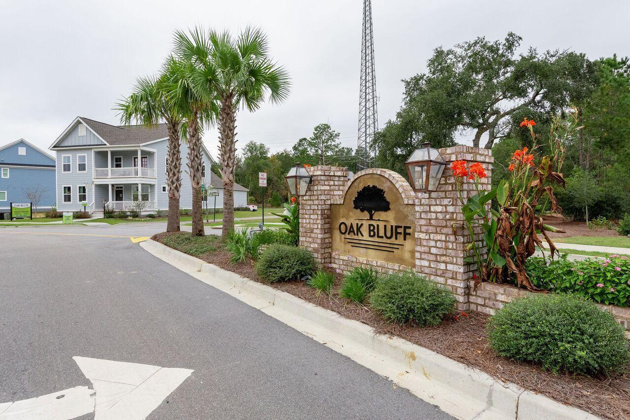1041 Oak Bluff Avenue Charleston, SC 29492
