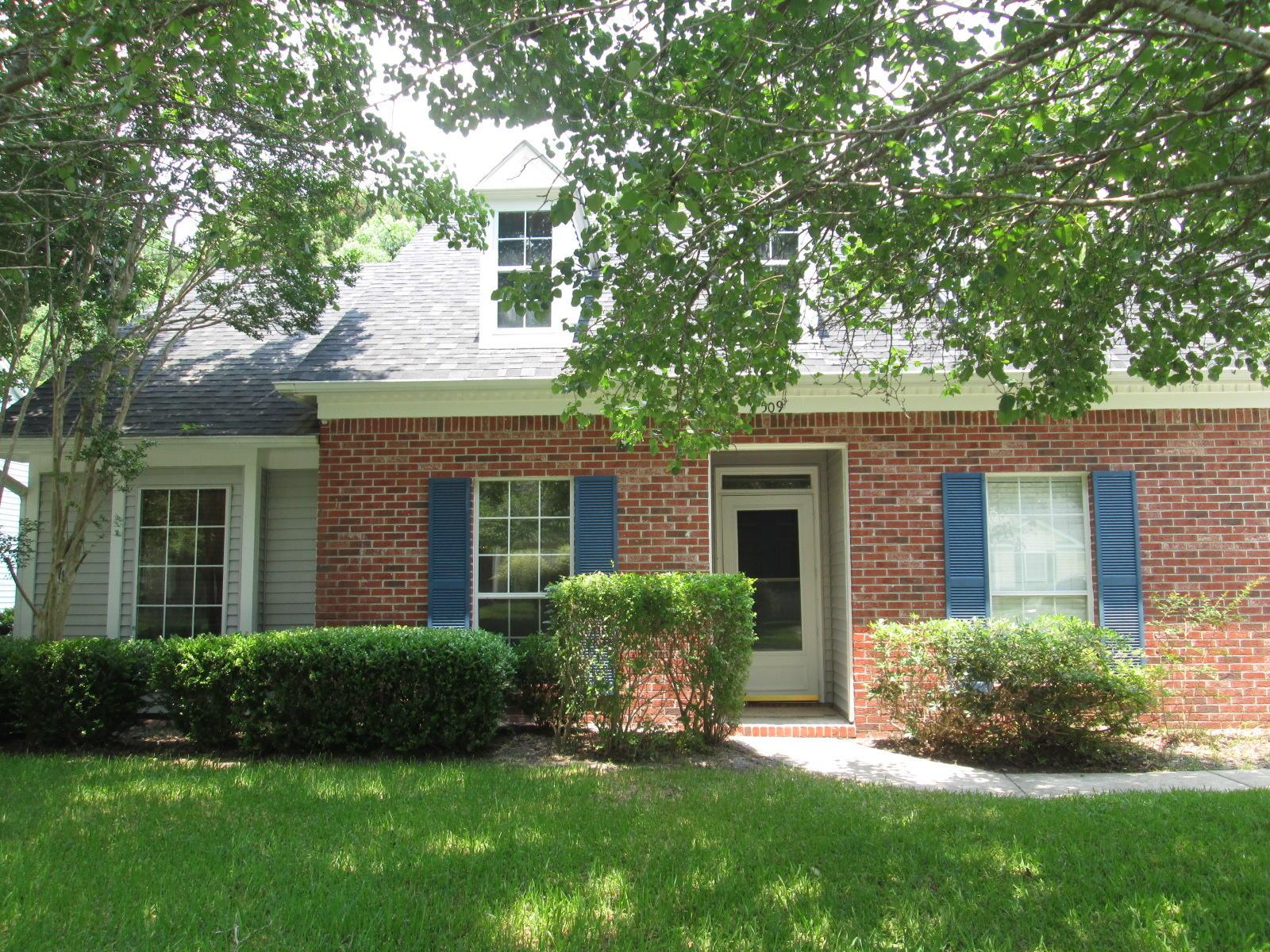 509 Salterton Street Summerville, SC 29485