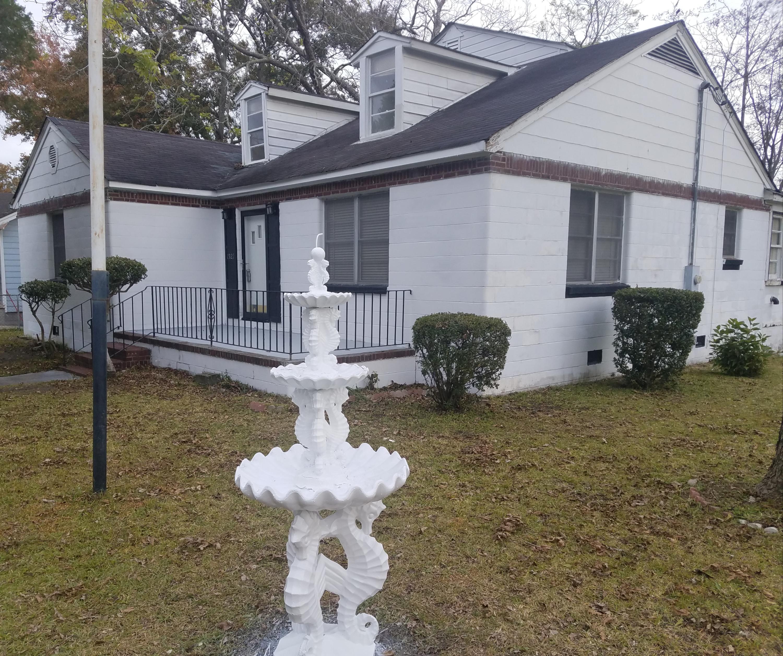 1921 Riverview Avenue North Charleston, SC 29405