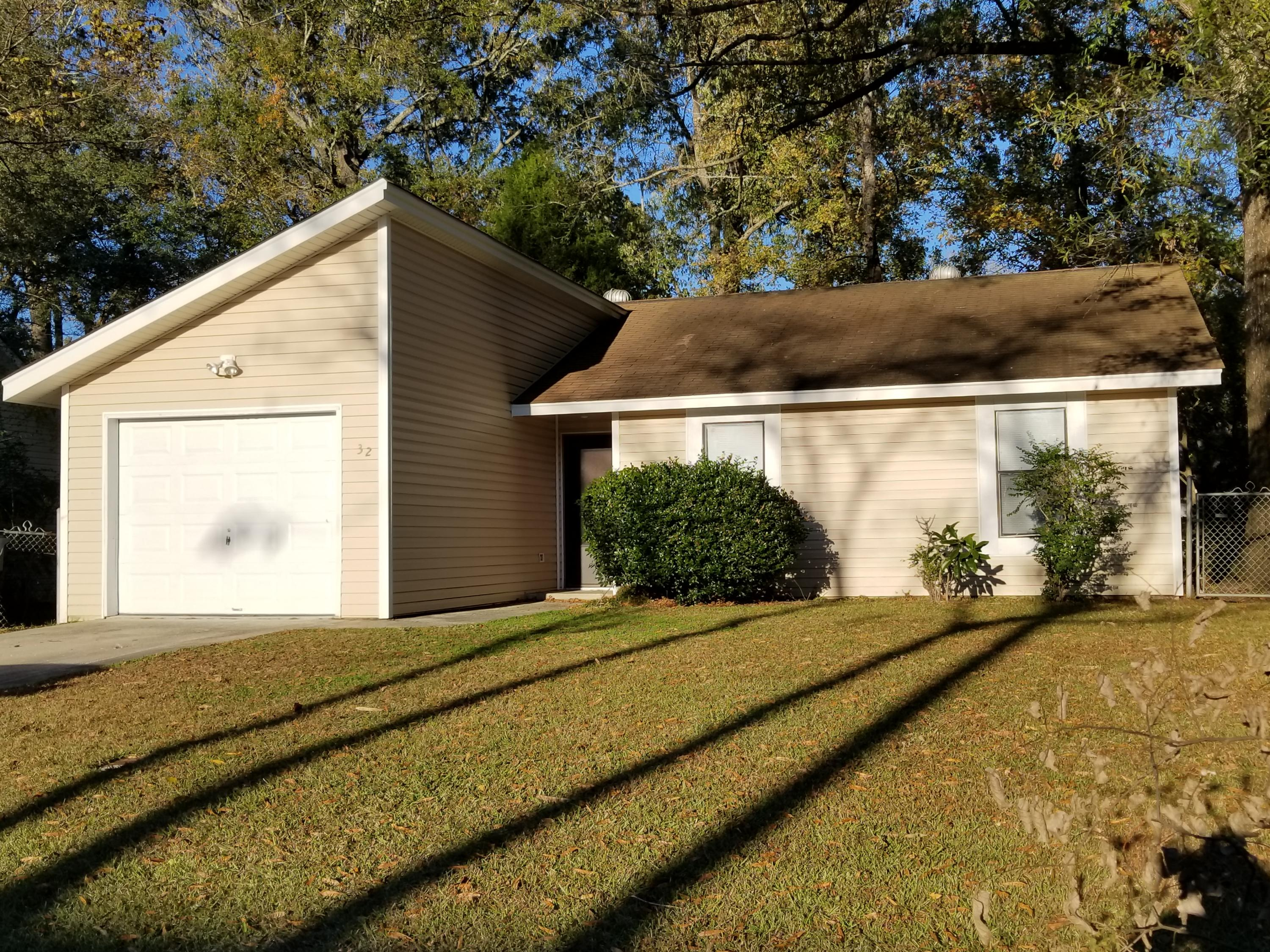 32 Delaware Road Goose Creek, SC 29445