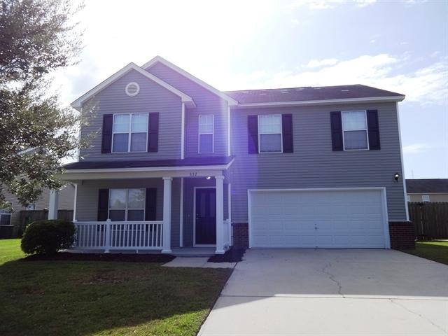 537 Holiday Drive Summerville, SC 29483
