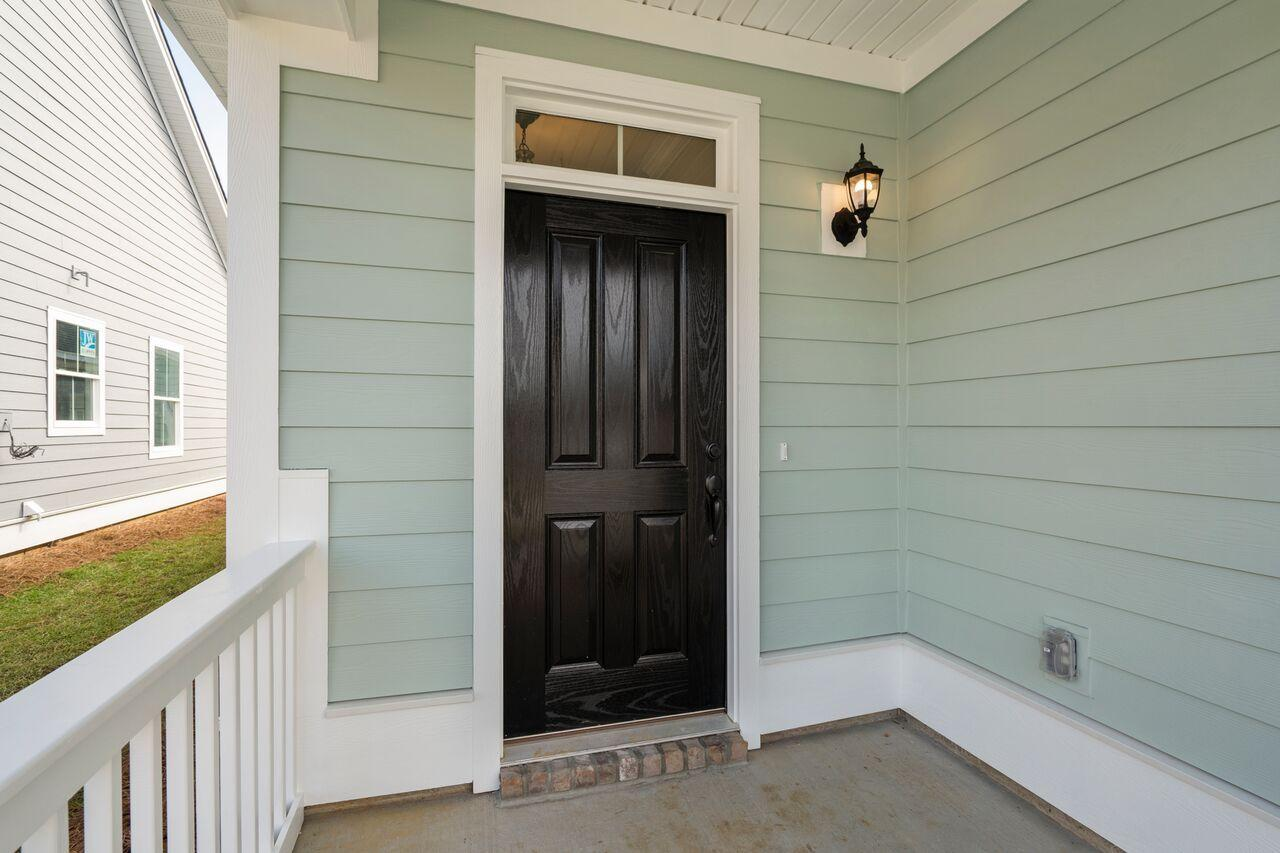 230 Angelica Avenue Summerville, SC 29483