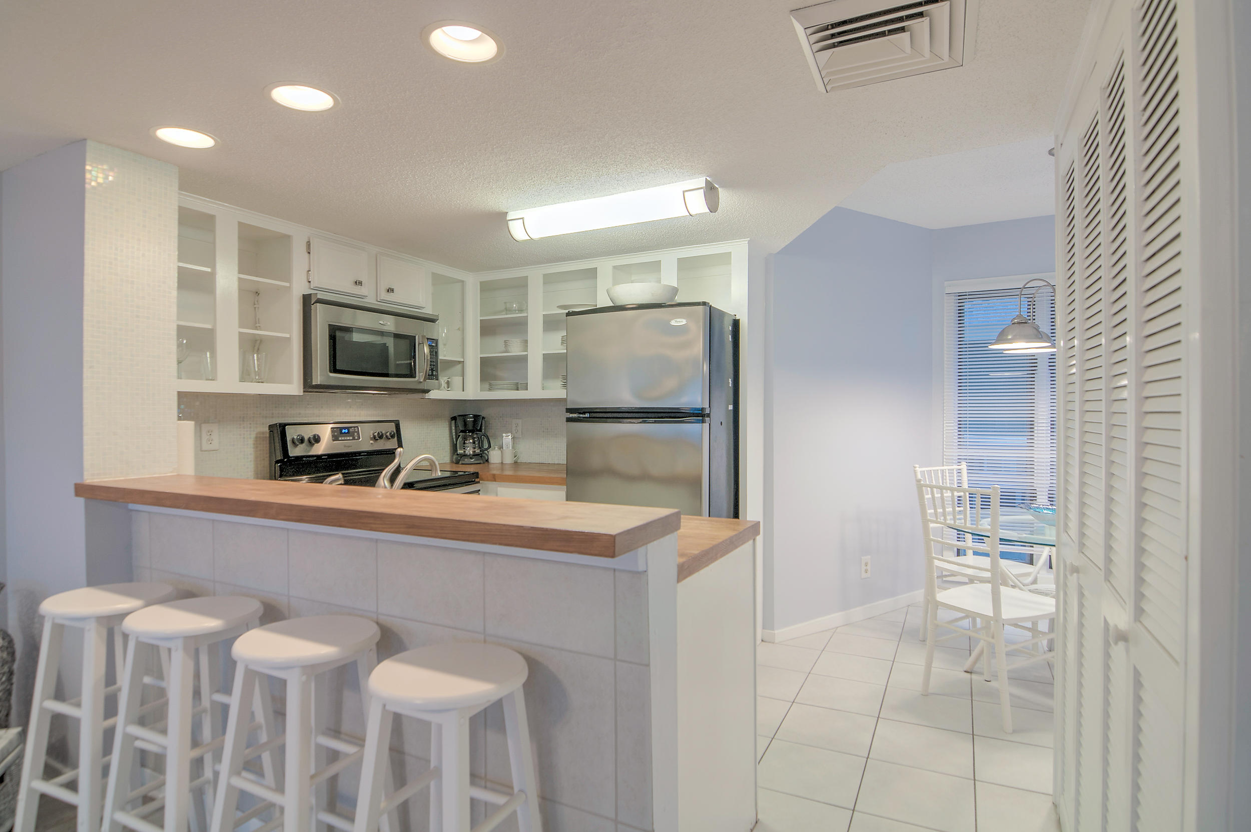 Port Ocall Homes For Sale - 103 Port O Call, Isle of Palms, SC - 4