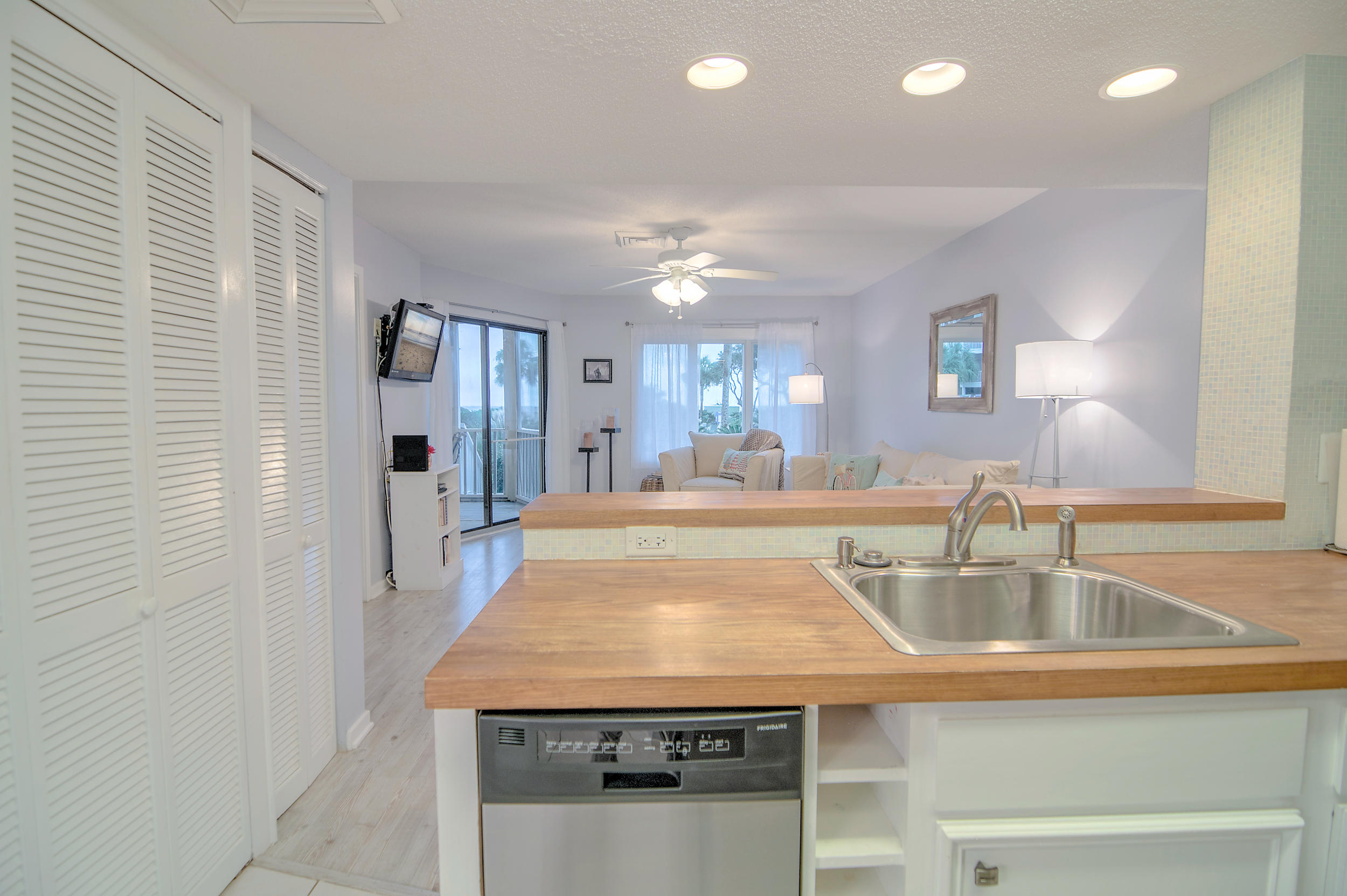 Port Ocall Homes For Sale - 103 Port O Call, Isle of Palms, SC - 5