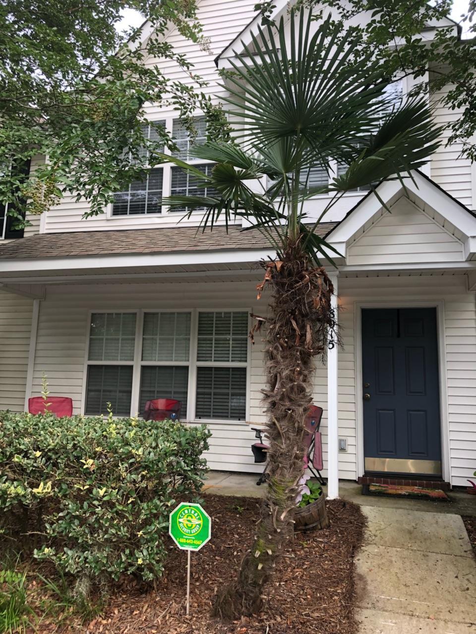 8015 Shadow Oak Drive North Charleston, SC 29406