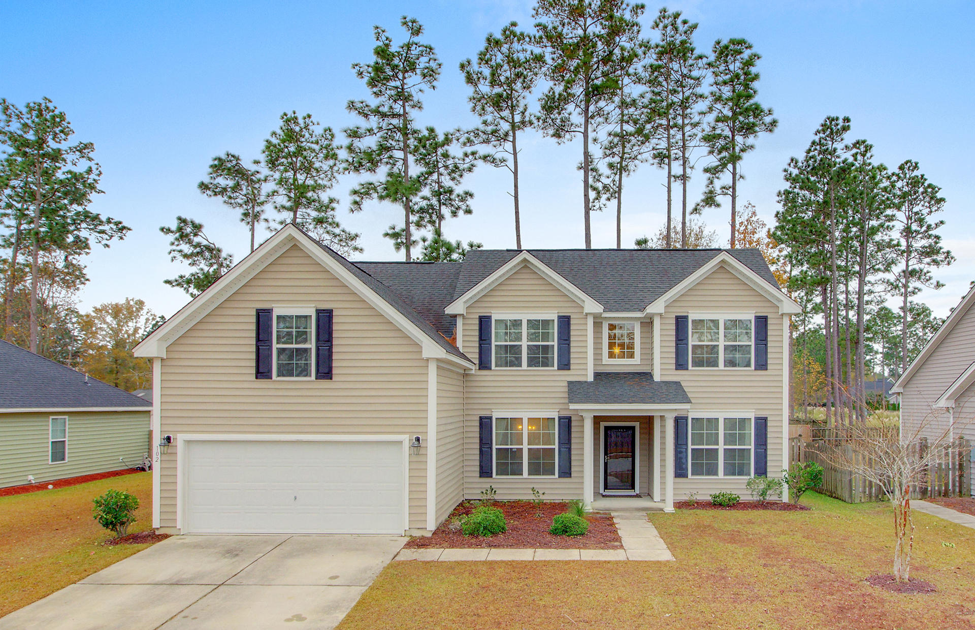 102 Lahina Cove Summerville, SC 29483