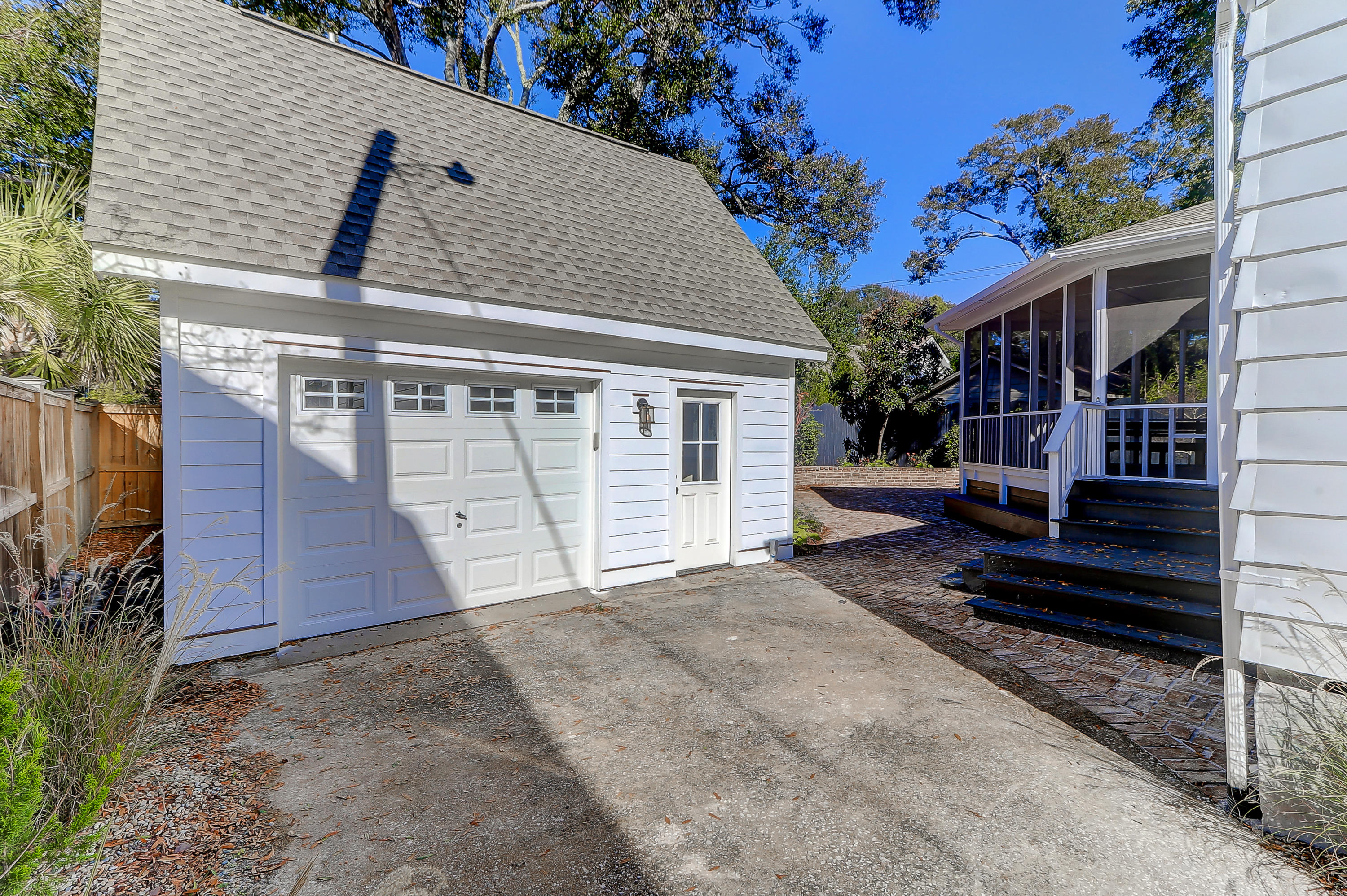 212 Freeman Street Mount Pleasant, SC 29464