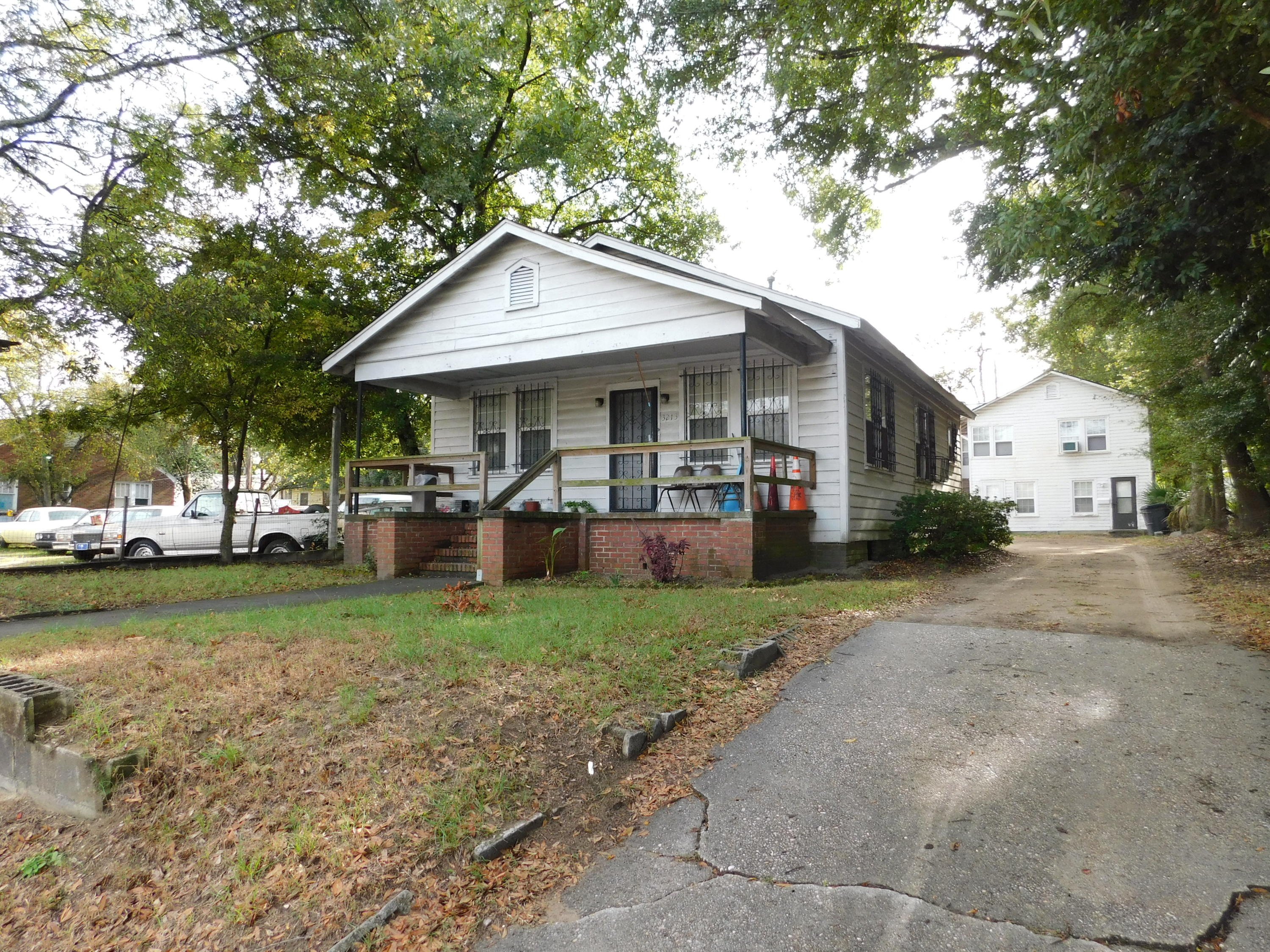 3213 Rivers Avenue North Charleston, SC 29405