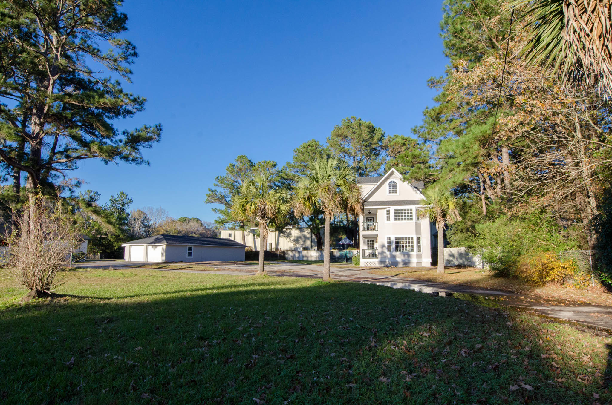 1564 Highway 41 Mount Pleasant, SC 29466