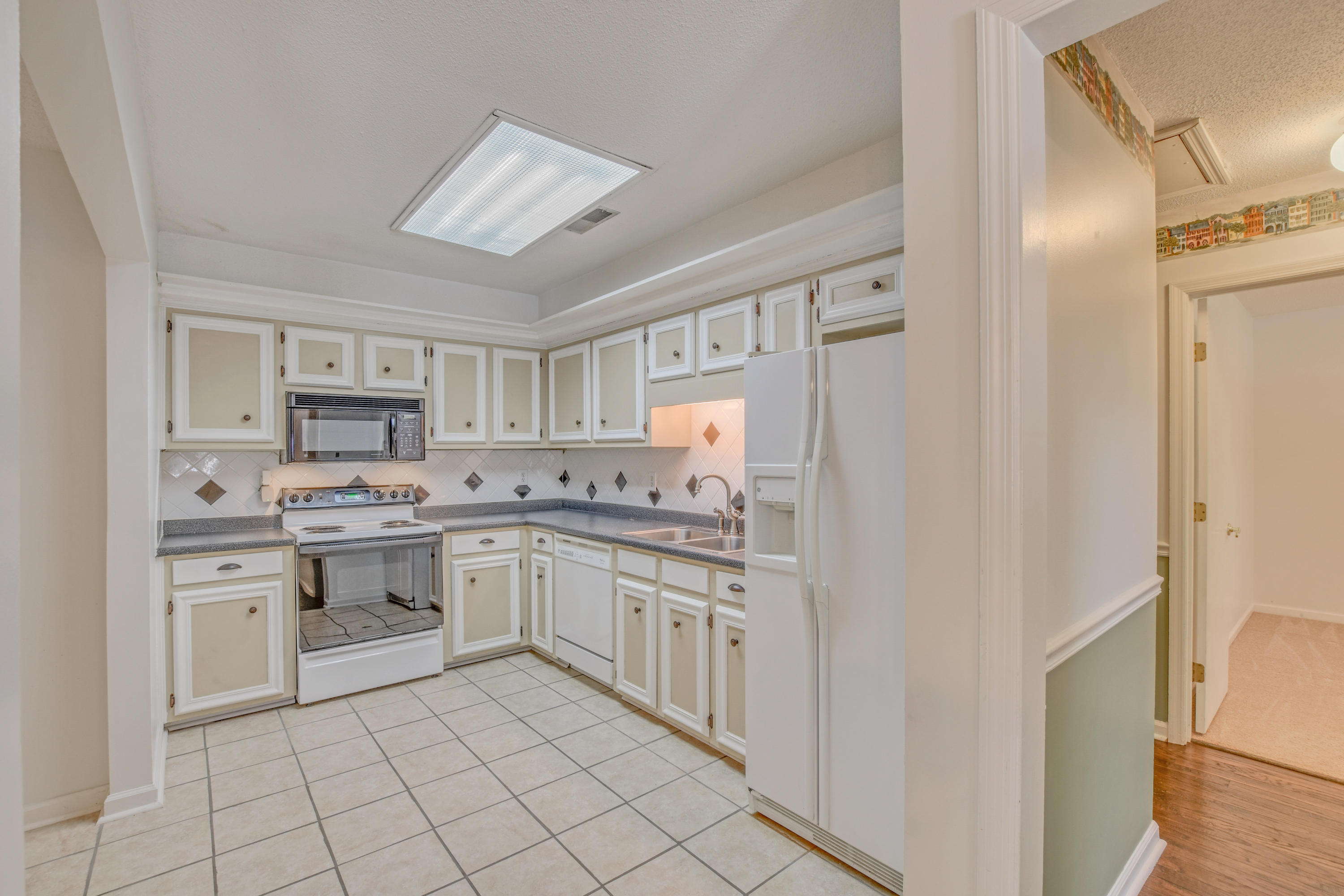 217 Canaberry Circle Summerville, SC 29483
