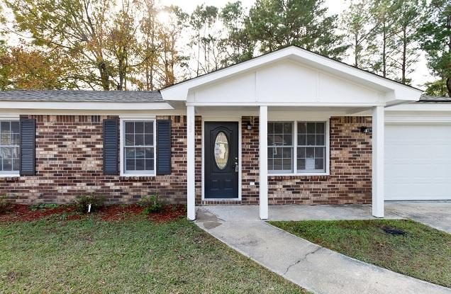 125 Pine Grove Drive North Charleston, SC 29420