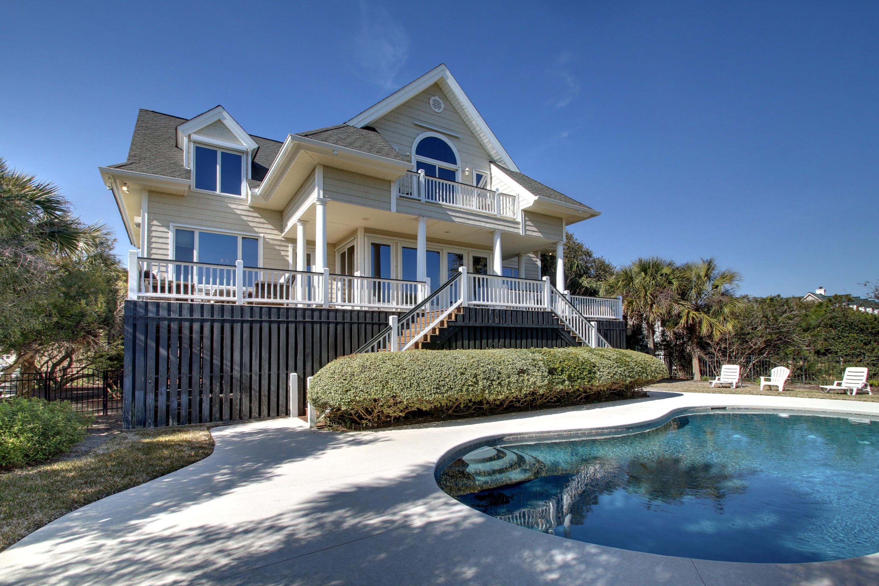 206 Charleston Boulevard Isle Of Palms, SC 29451