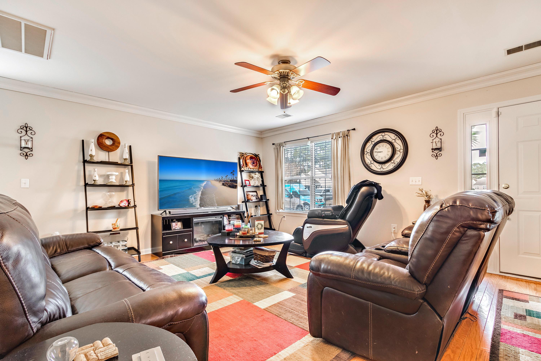 1139 Peninsula Cove Drive Charleston, SC 29492