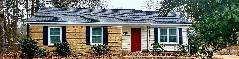 3275 Vinewood Place North Charleston, SC 29420