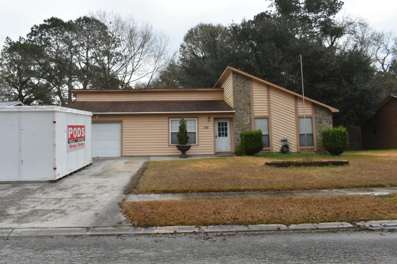 109 Surrey Drive Summerville, SC 29486