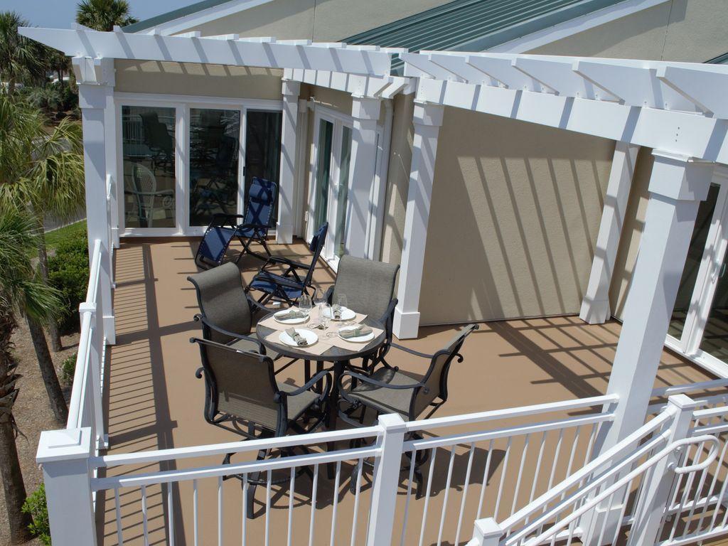2926 Atrium Villa Johns Island, SC 29455