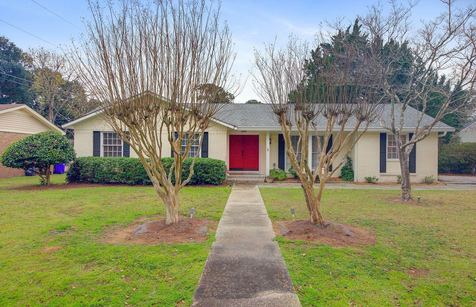 1321 Honeysuckle Lane Charleston, SC 29412