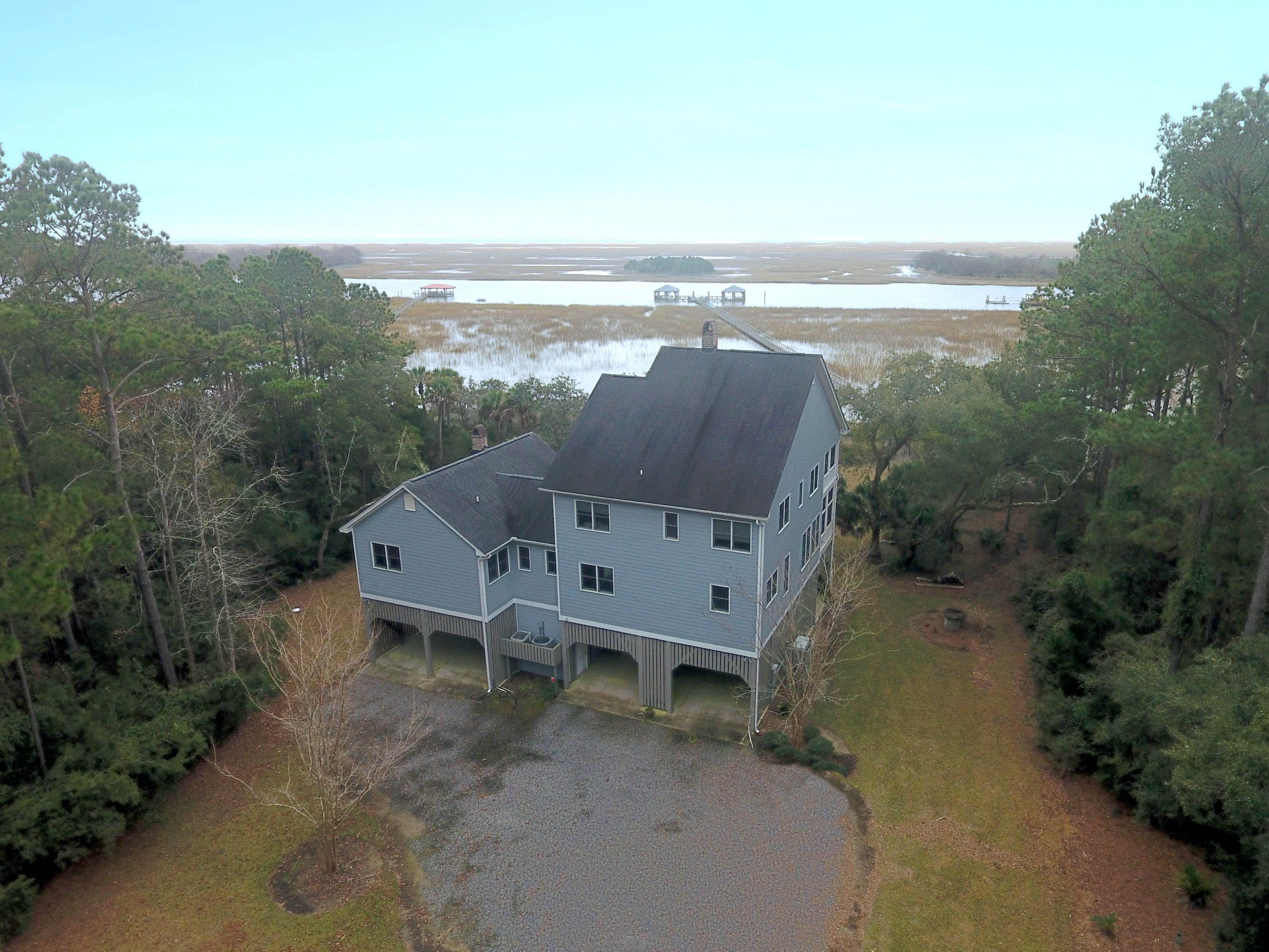 9631 Two Pines Road Mcclellanville, SC 29458