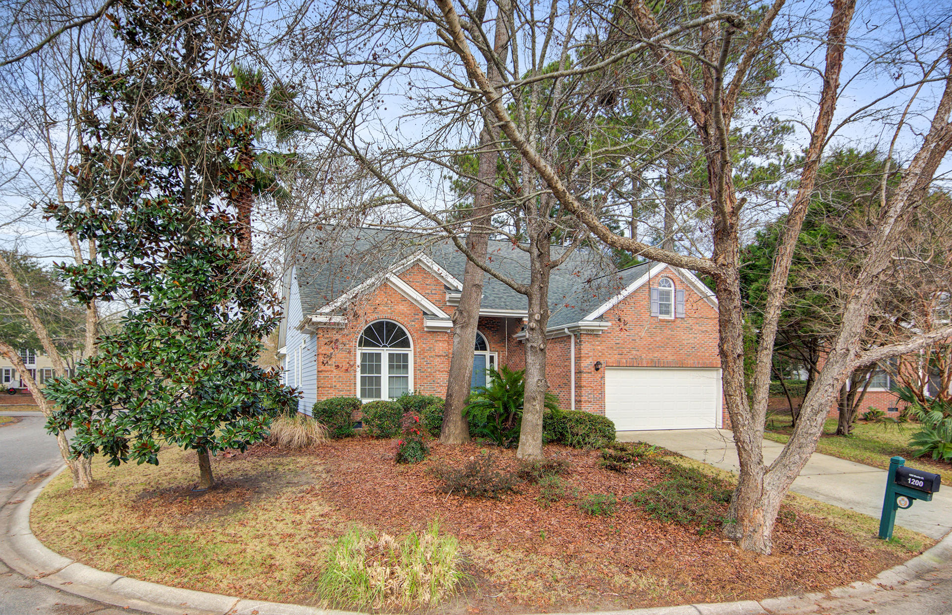 1200 Mashie Court Mount Pleasant, SC 29466