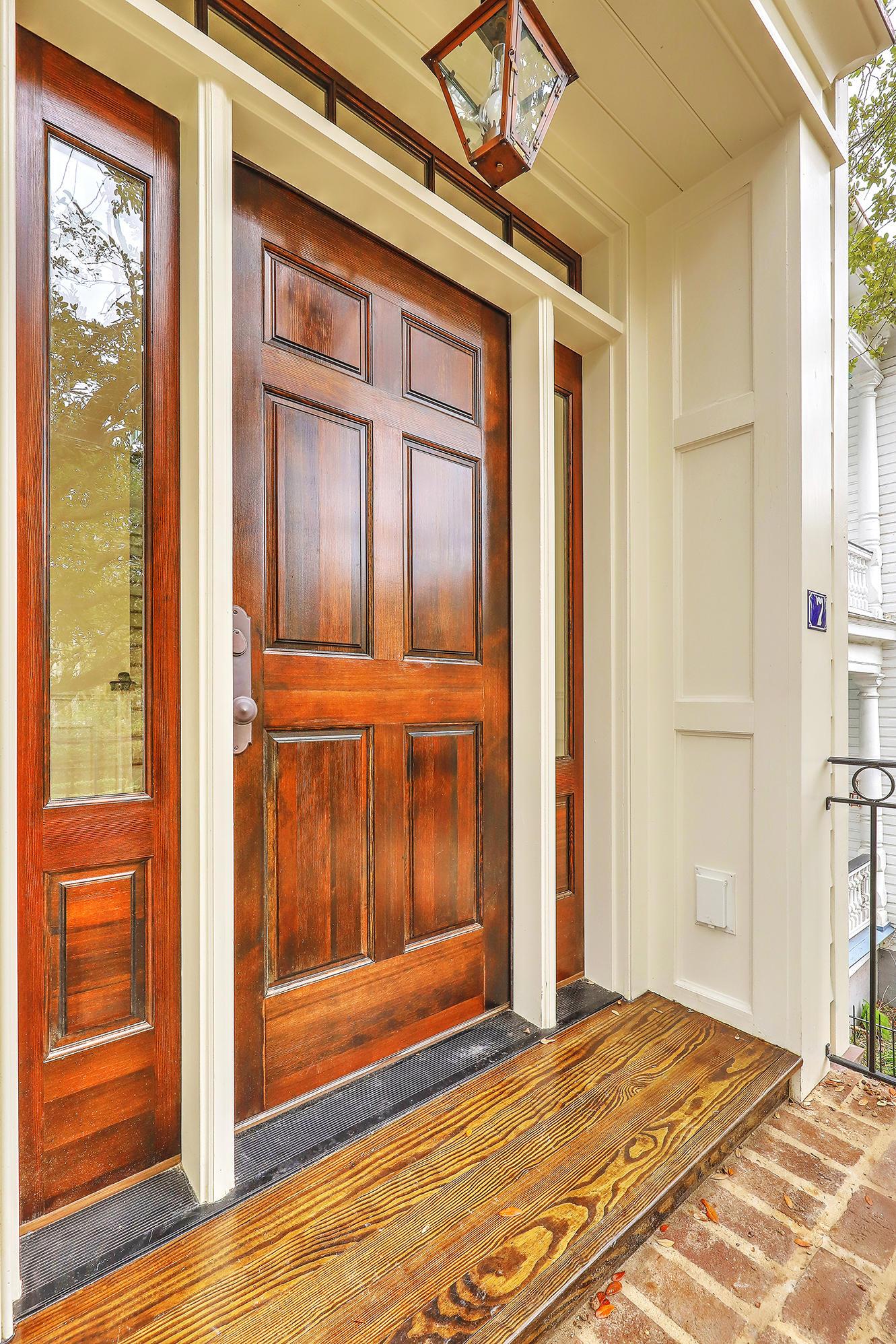7 New Street Charleston, SC 29401