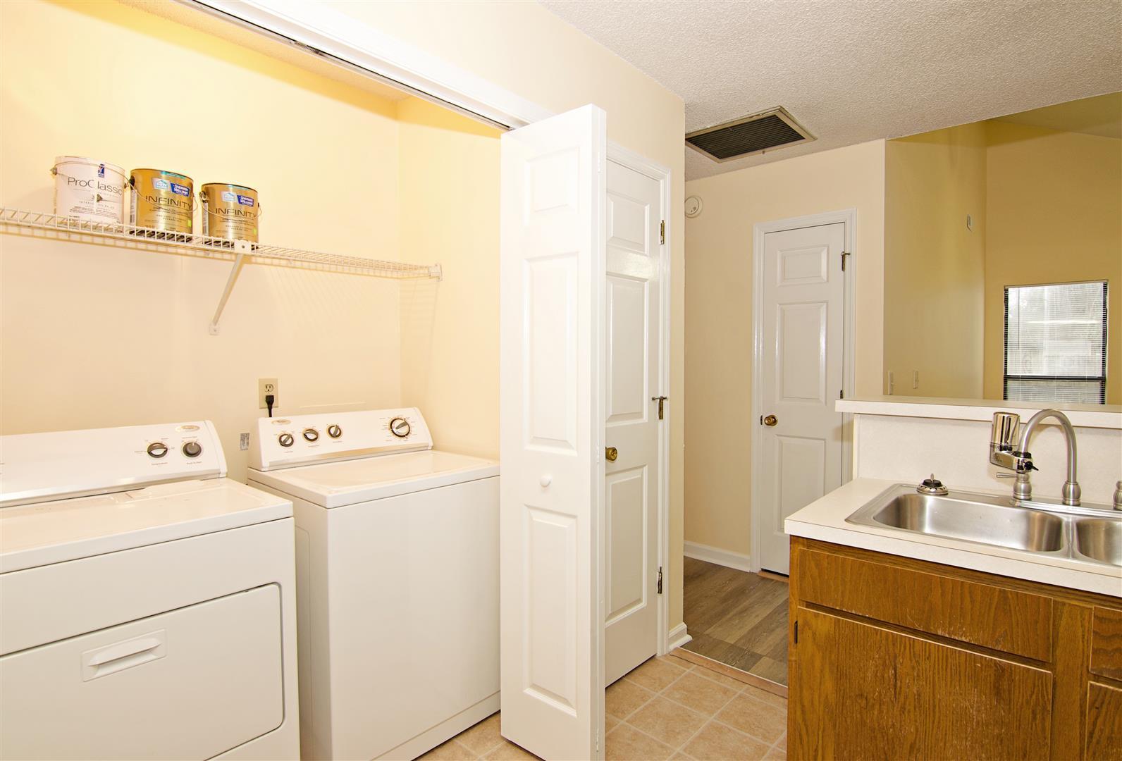 Shaftesbury Woods Homes For Sale - 931 Estates, Charleston, SC - 12