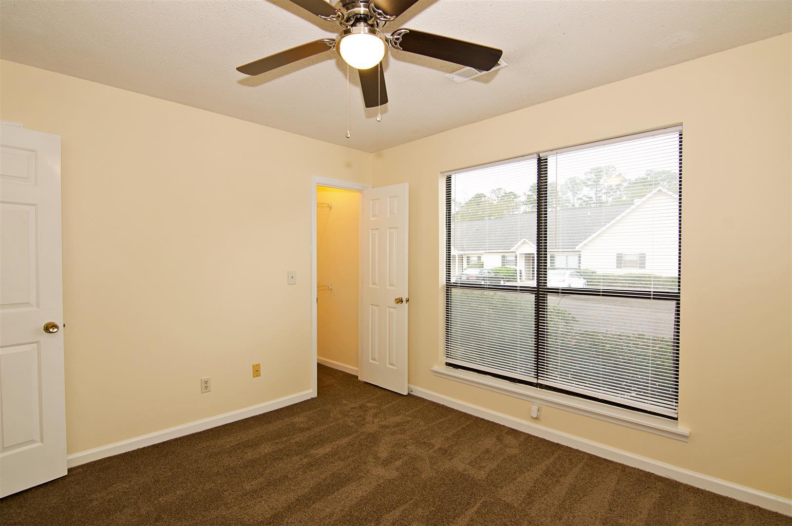Shaftesbury Woods Homes For Sale - 931 Estates, Charleston, SC - 2