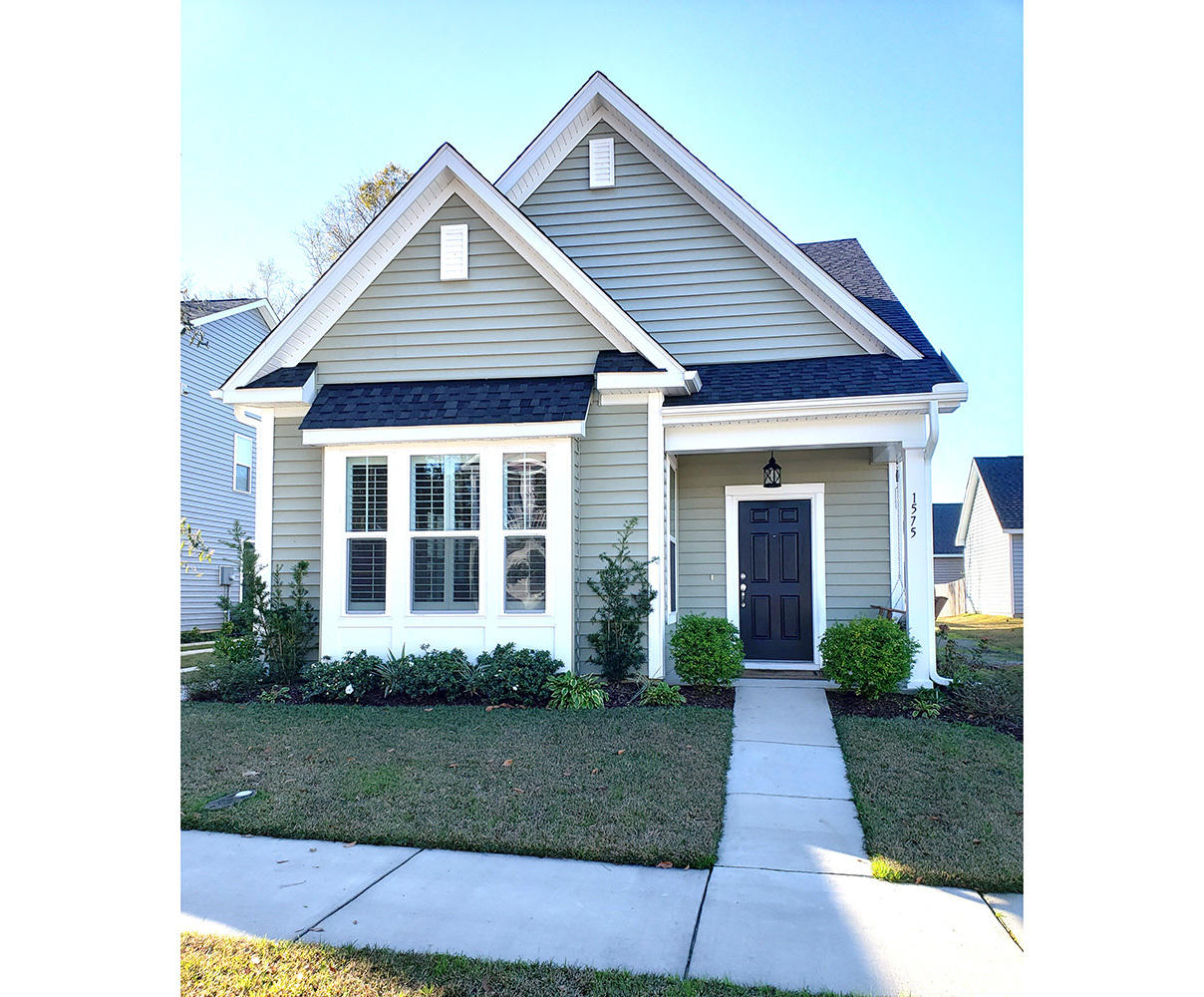 1575 Nautical Chart Drive Charleston, SC 29414