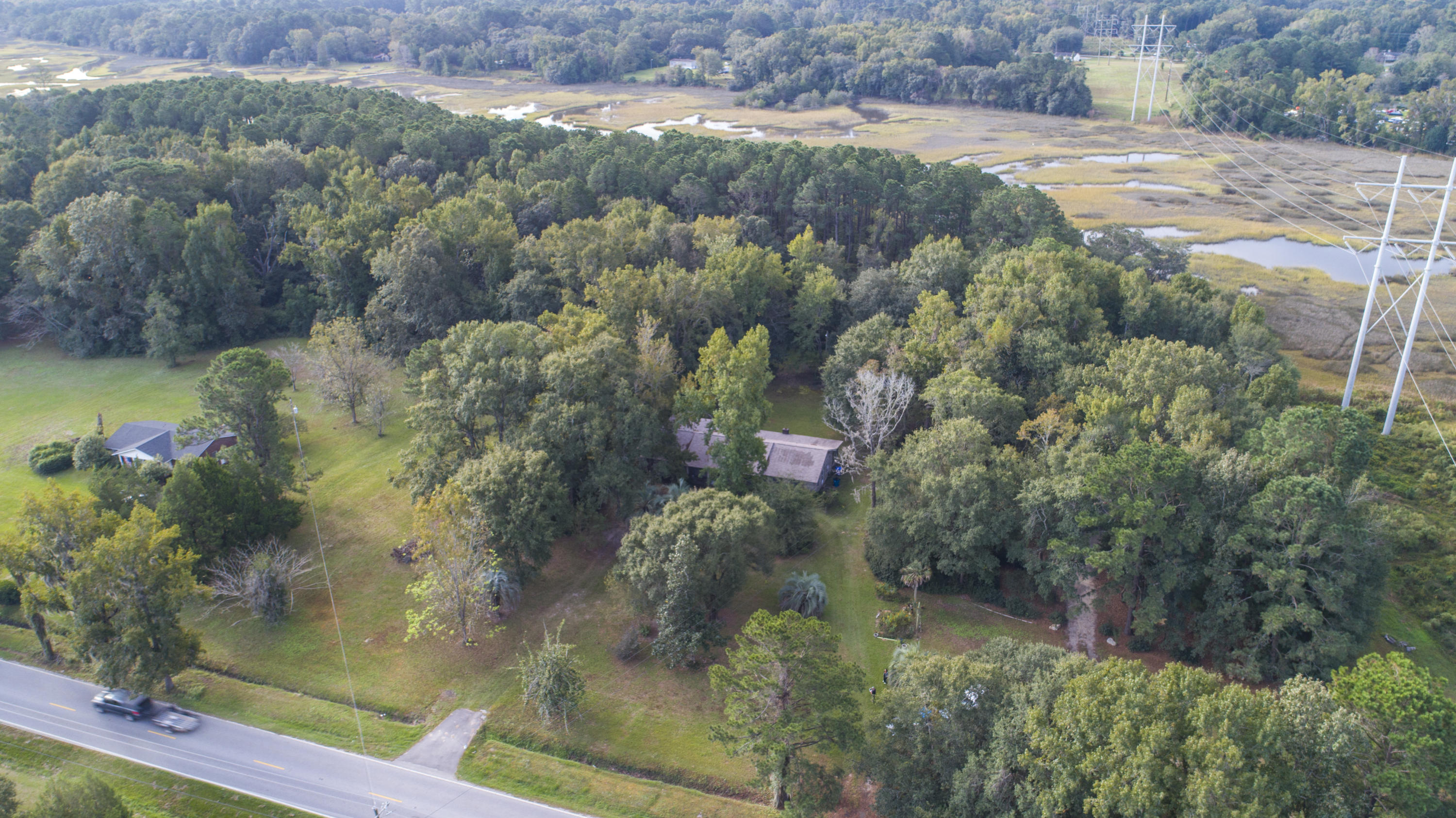 594 River Road Johns Island, SC 29455