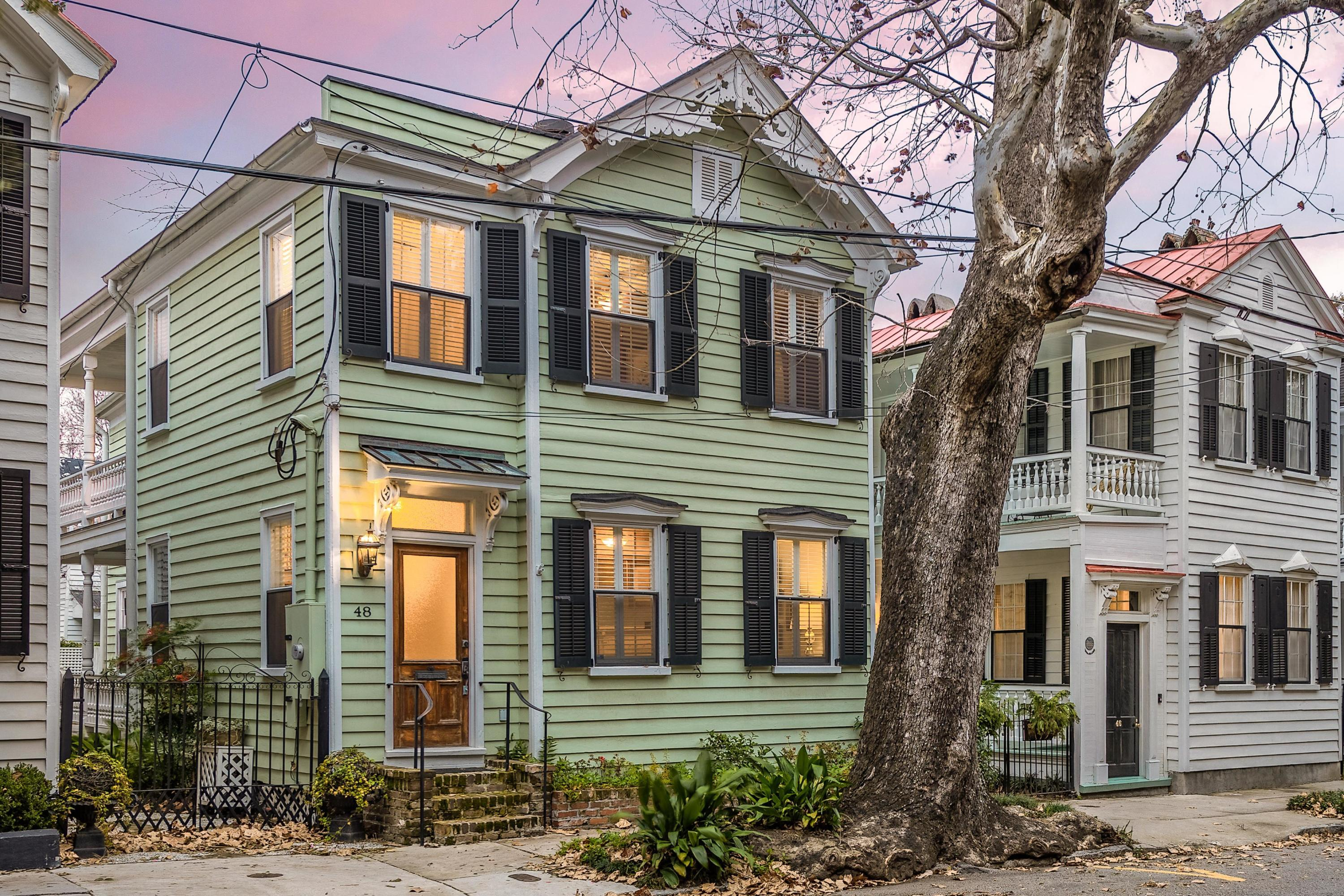 48 Warren Street Charleston, SC 29403