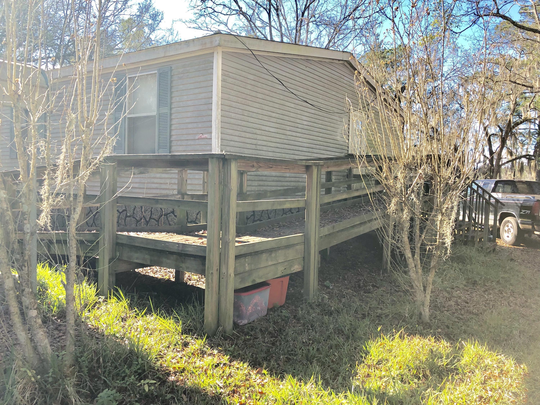 4865 Prices Bridge Lane Walterboro, SC 29488