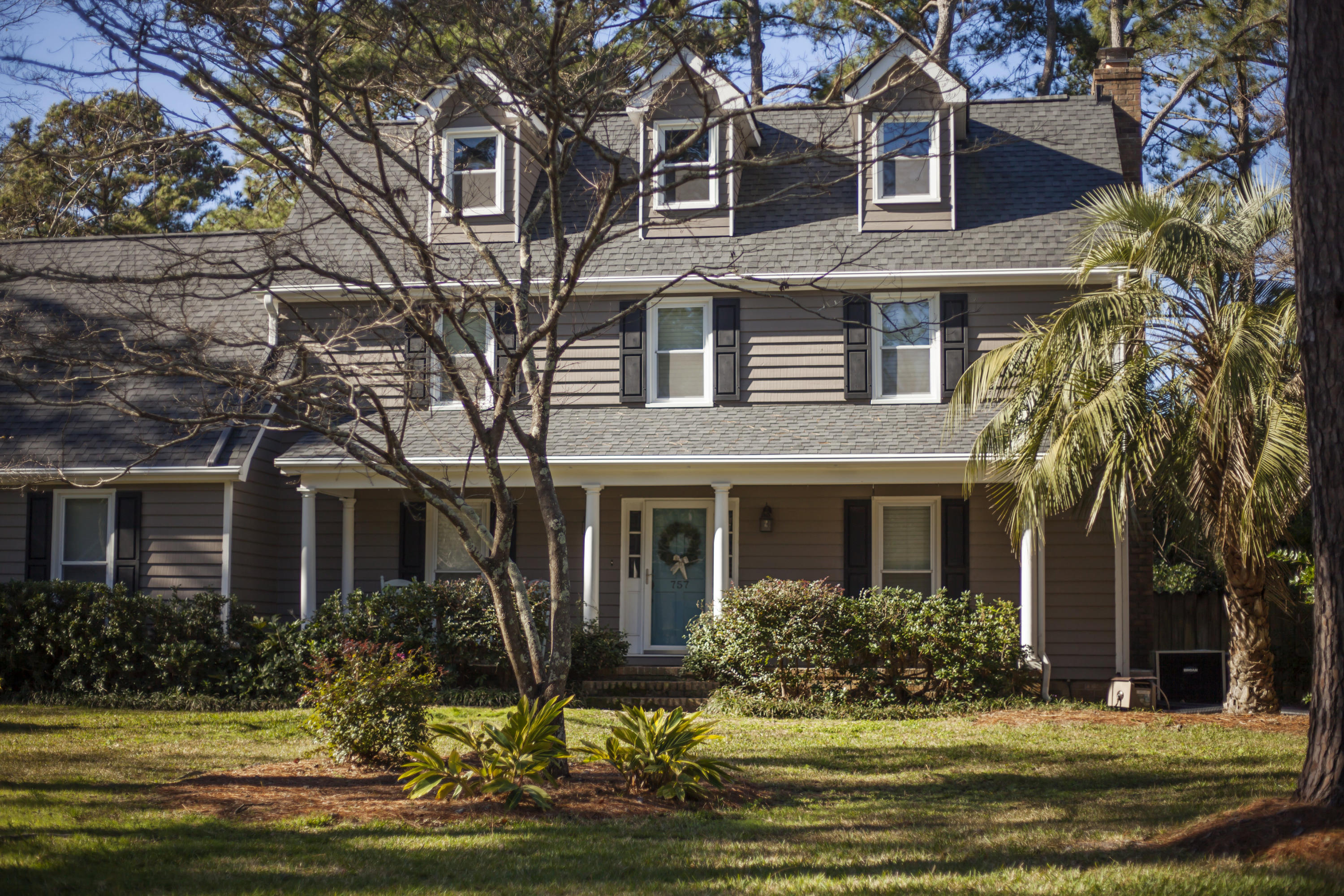 757 Chatter Road Mount Pleasant, SC 29464