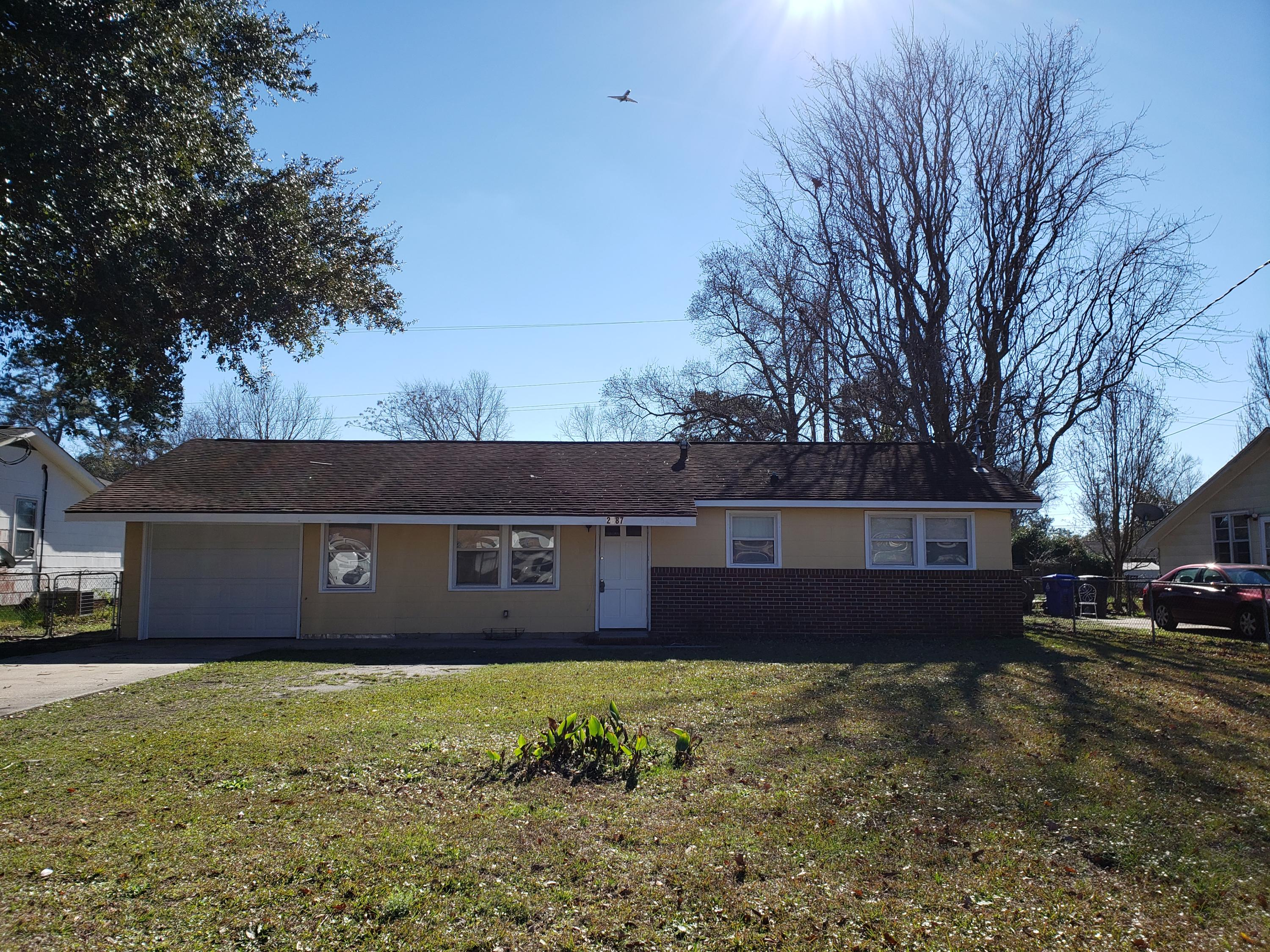 2687 Orchid Avenue North Charleston, SC 29405