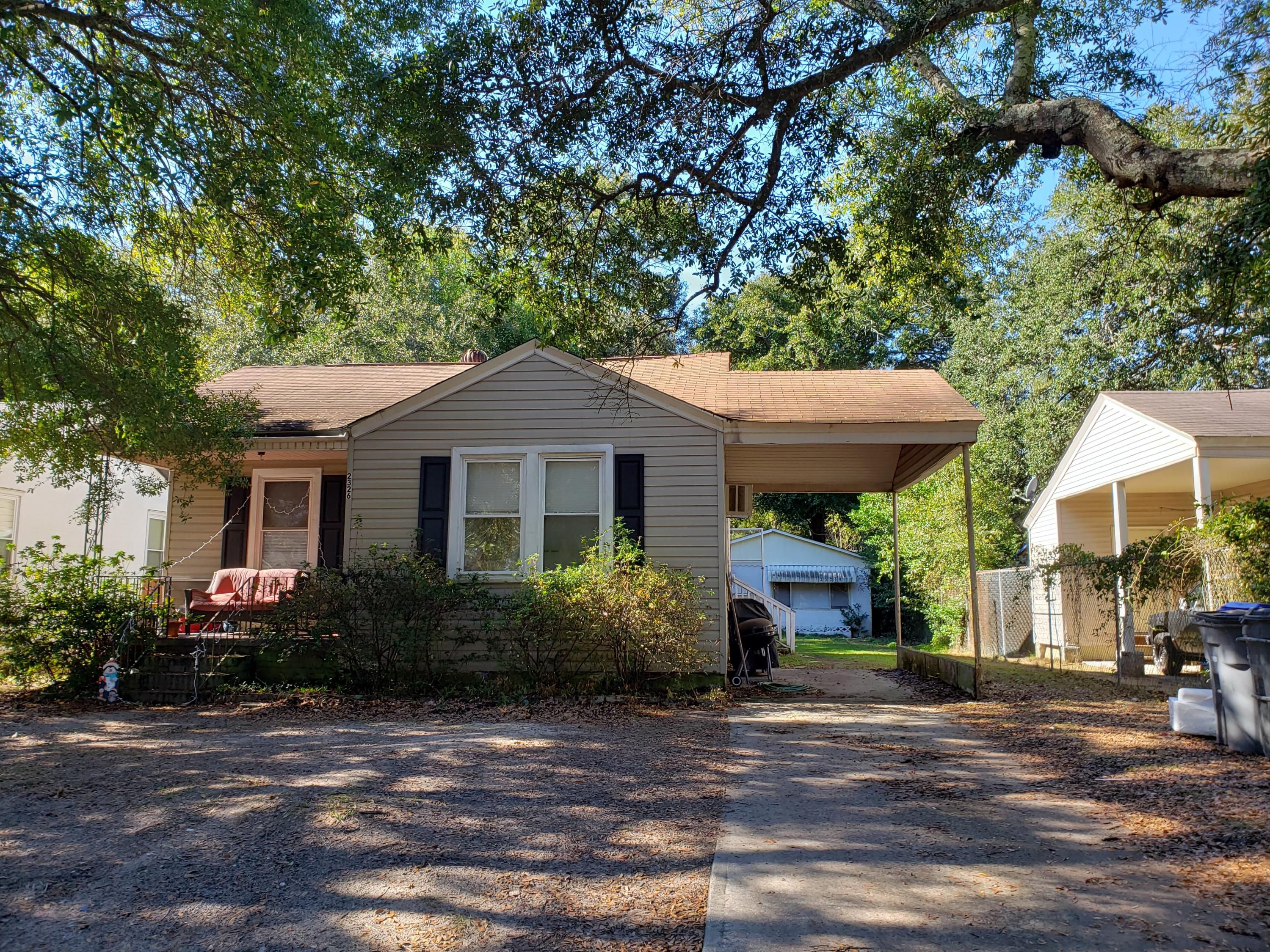2326 Sorentrue Avenue North Charleston, SC 29405